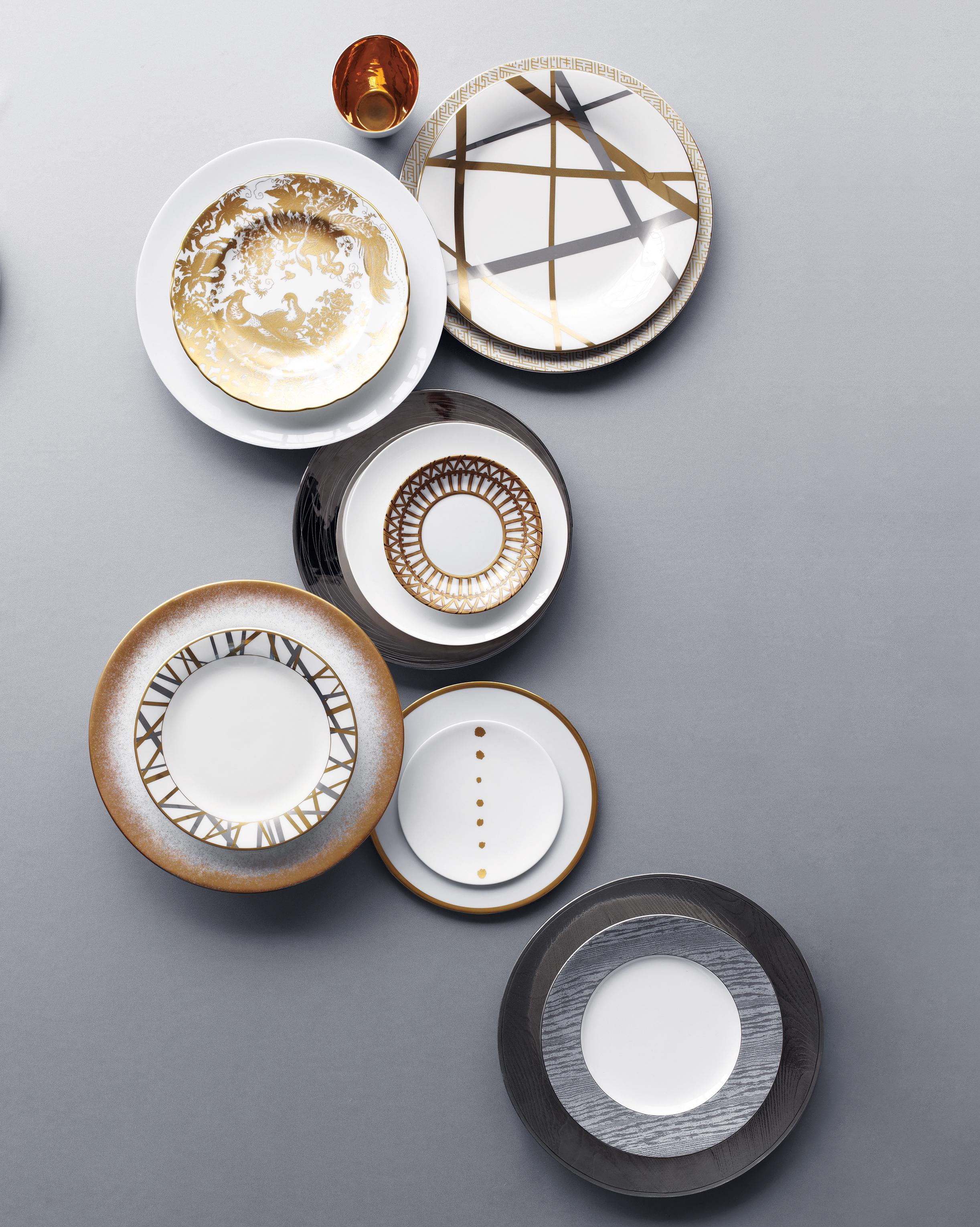 clooney-metallic-plates-0914.jpg