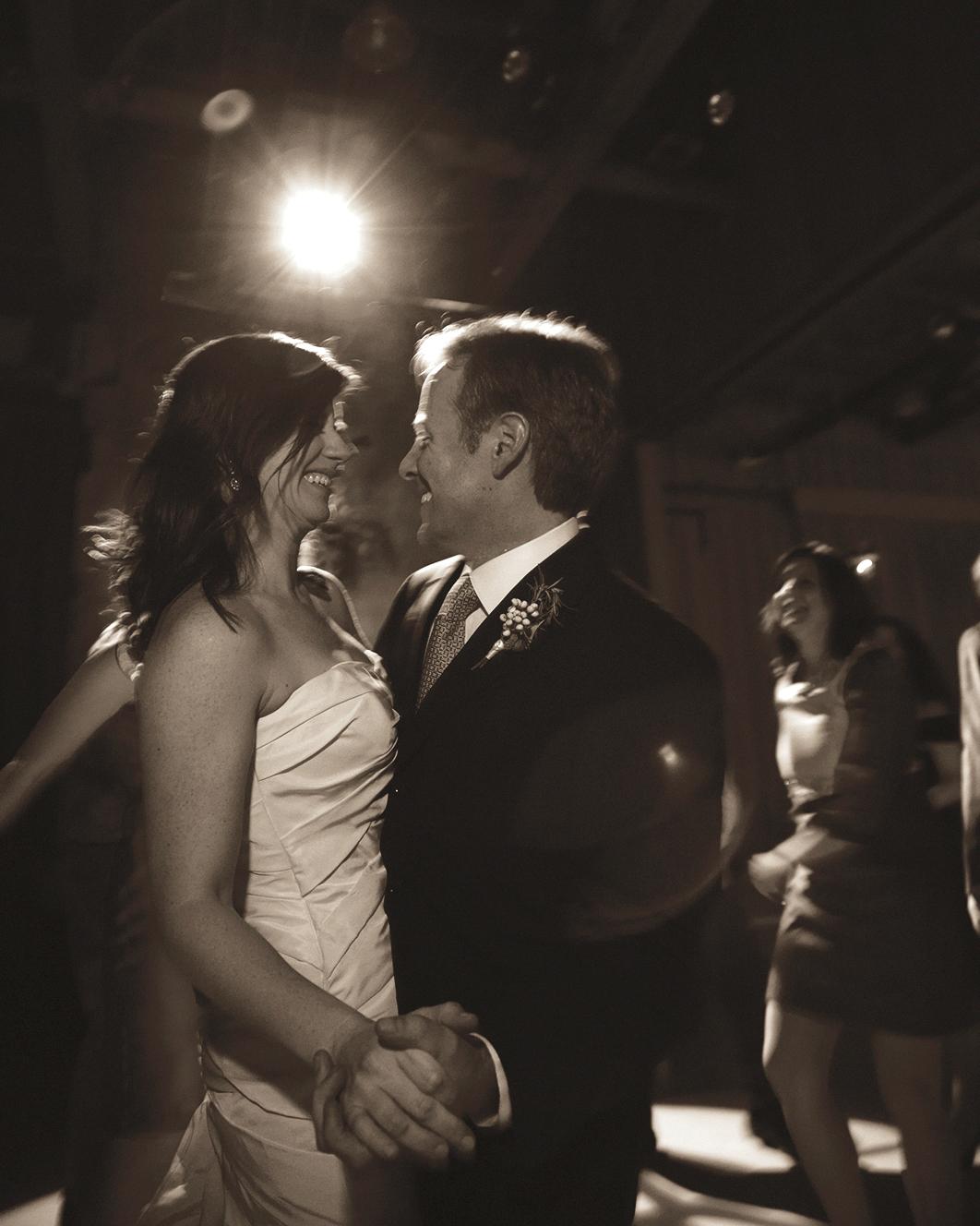 wedding-cover-bands-michael-lucarelli-0814.jpg