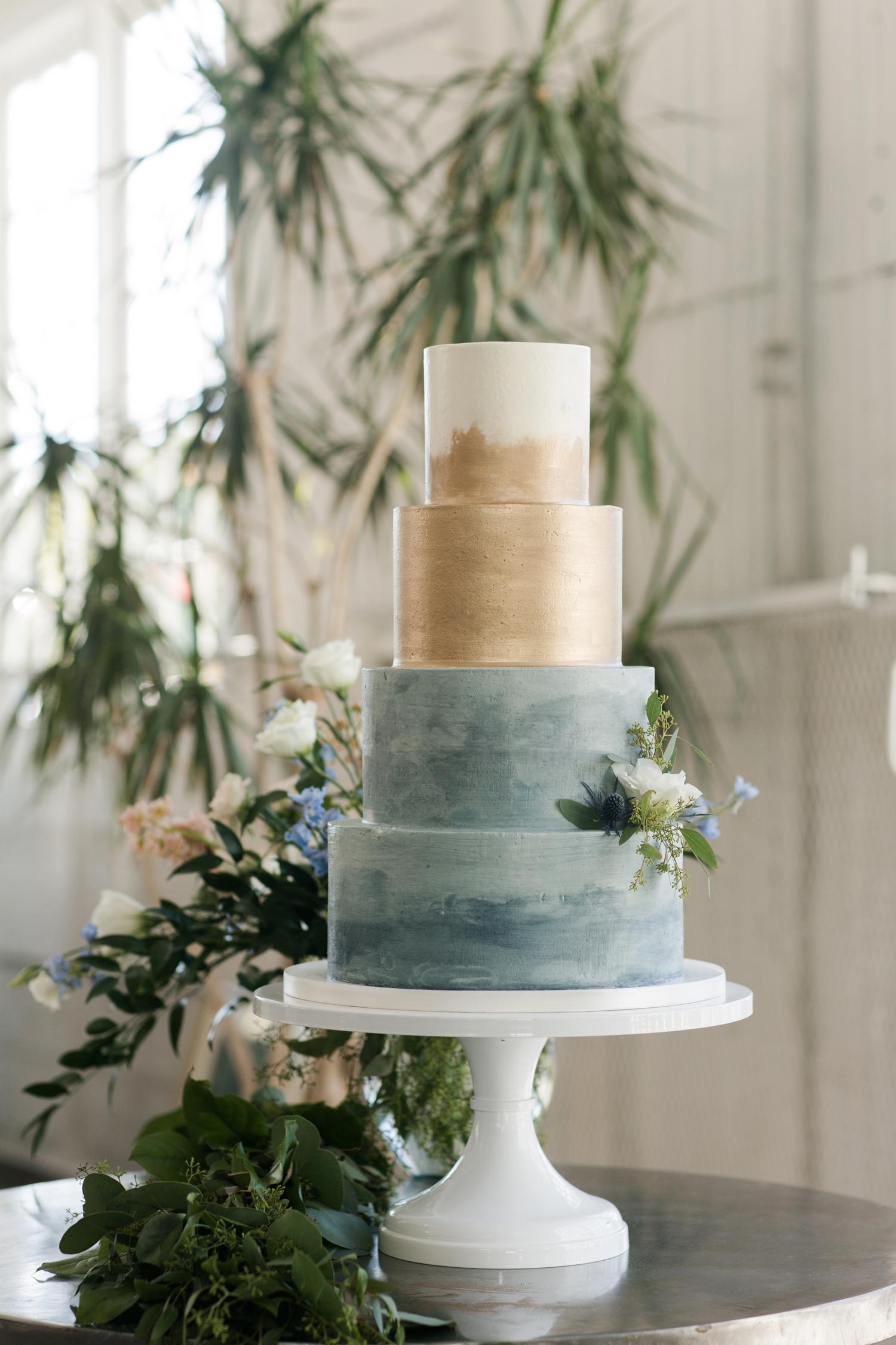 gray and gold fondant wedding cake
