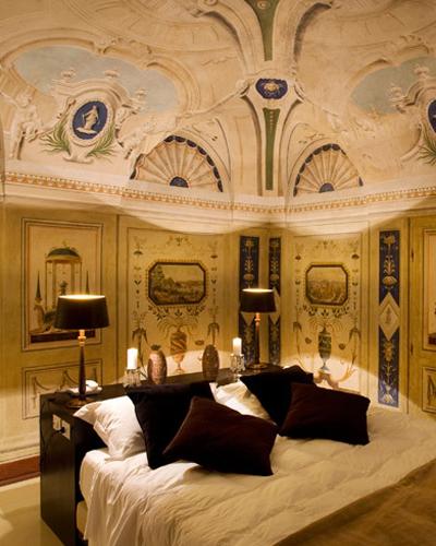 affordable-hotels-italy-03-palazzo-bontadosi-0814.jpg