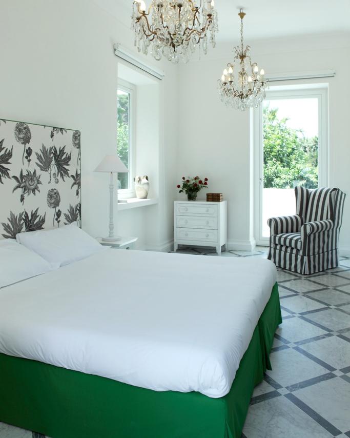 affordable-hotels-italy-08-villa-dei-darmiento-0814.jpg