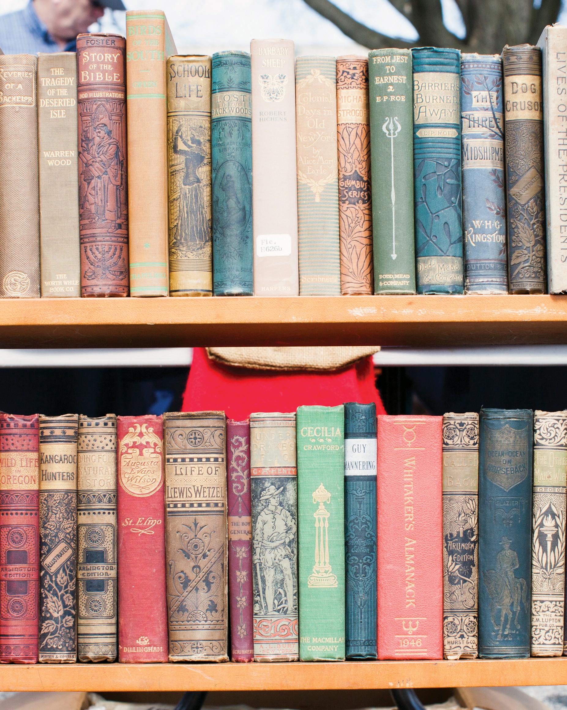 rustic-wedding-handbook-flea-market-tips-books-0814.jpg