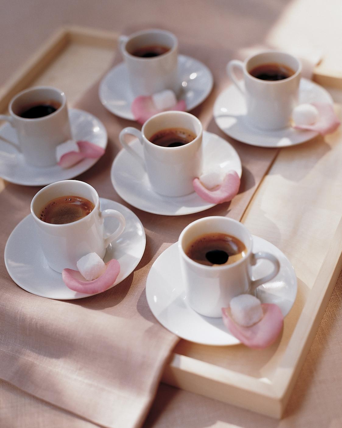 coffee-garnish-ml952e18-coffee-roses-0914.jpg