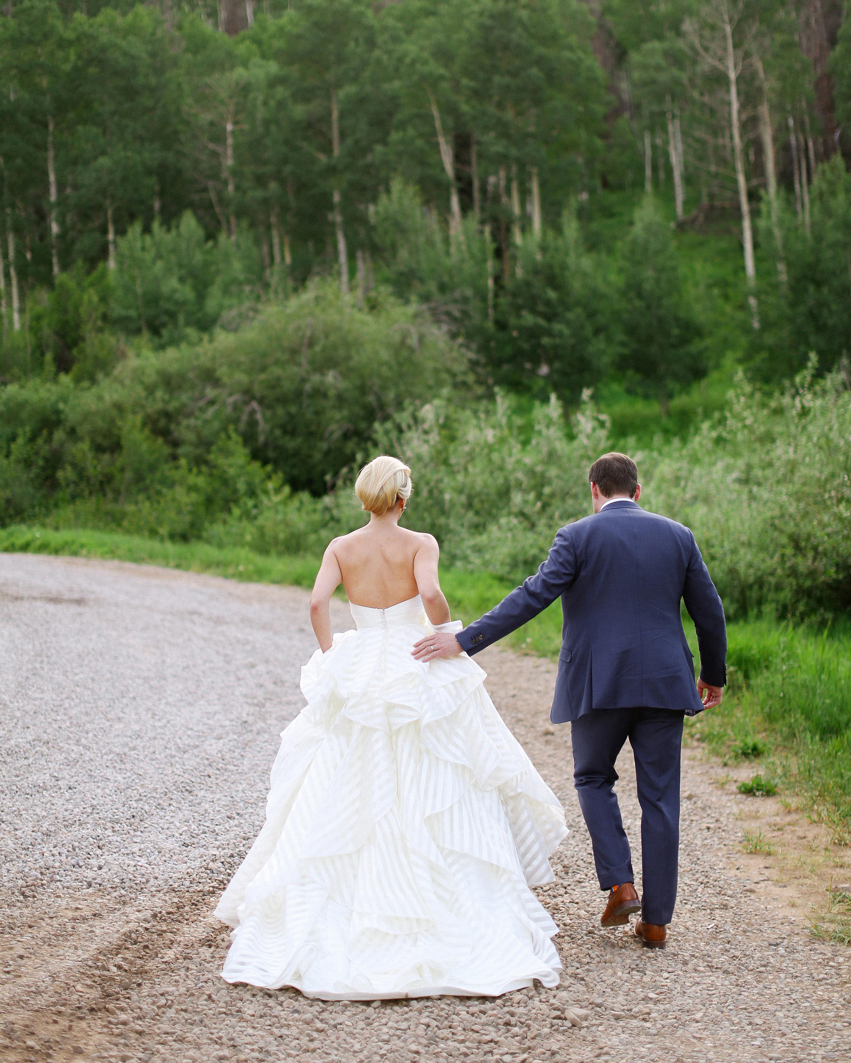 stacey-eric-wedding-walk-648-s111513-1014.jpg