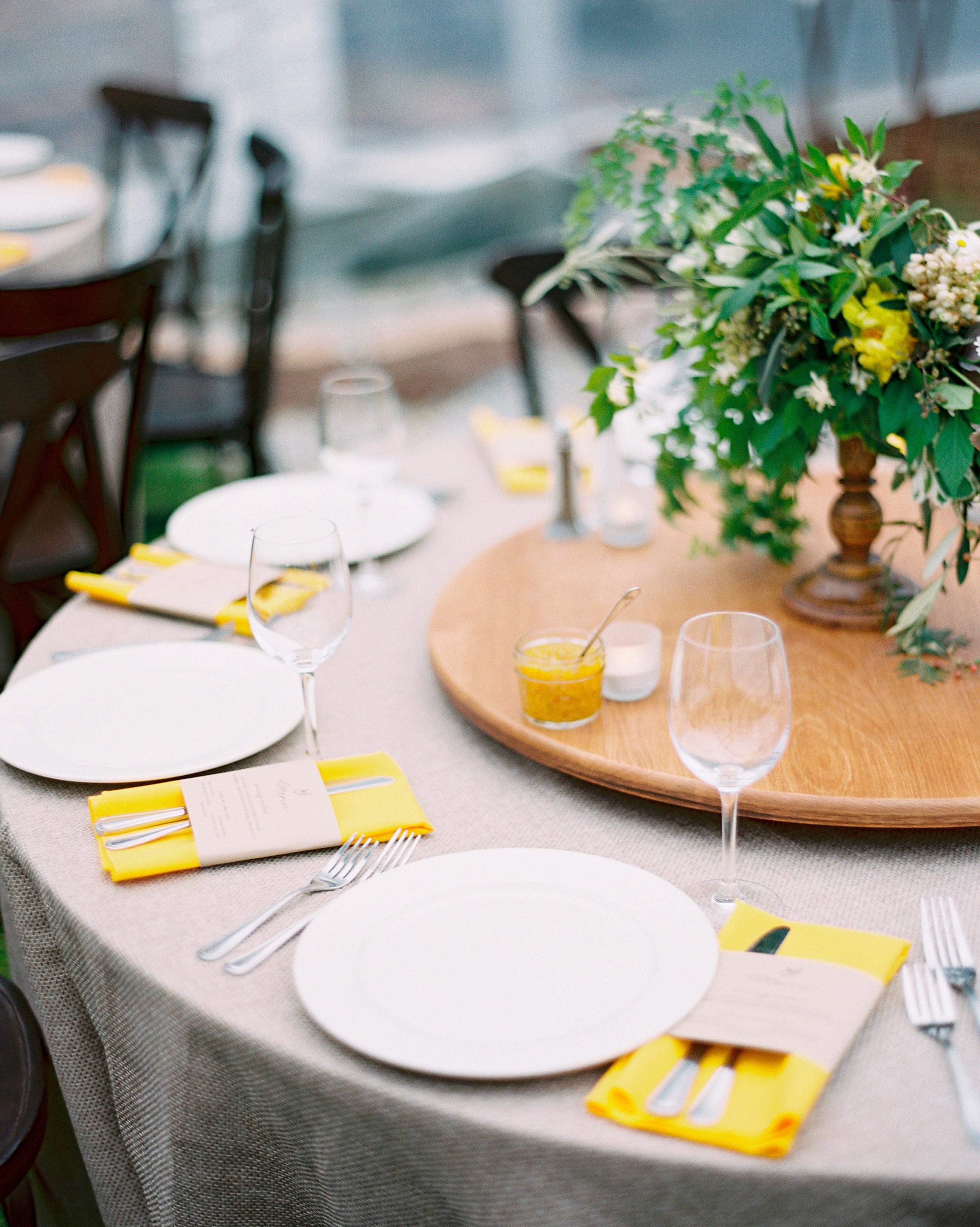 susan-cartter-wedding-table-008438006-s111503-0914.jpg