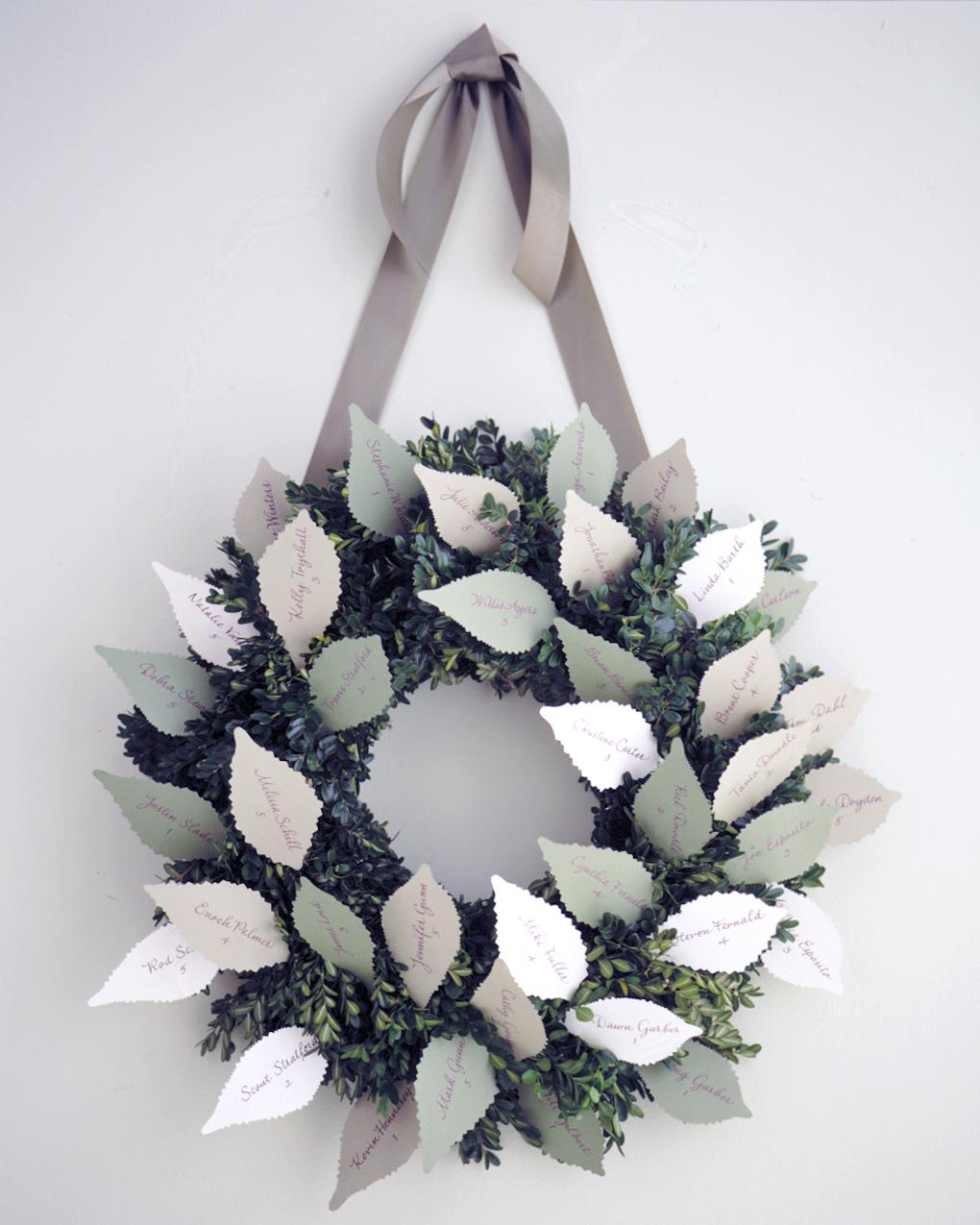 diy-winter-wedding-ideas-escortcard-wreath-1114.jpg