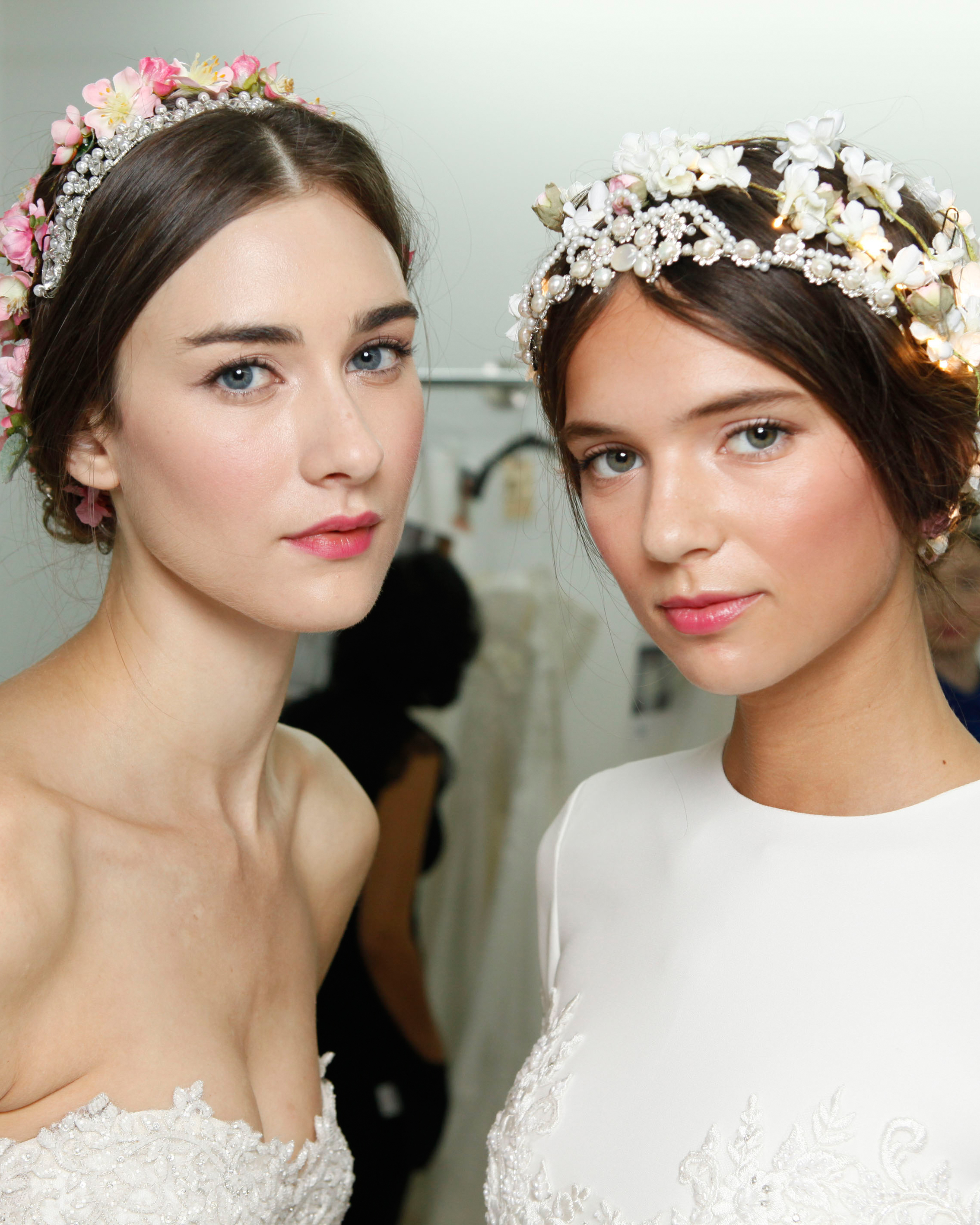 4 Flower-Filled Wedding Hairstyles From the Bridal Shows