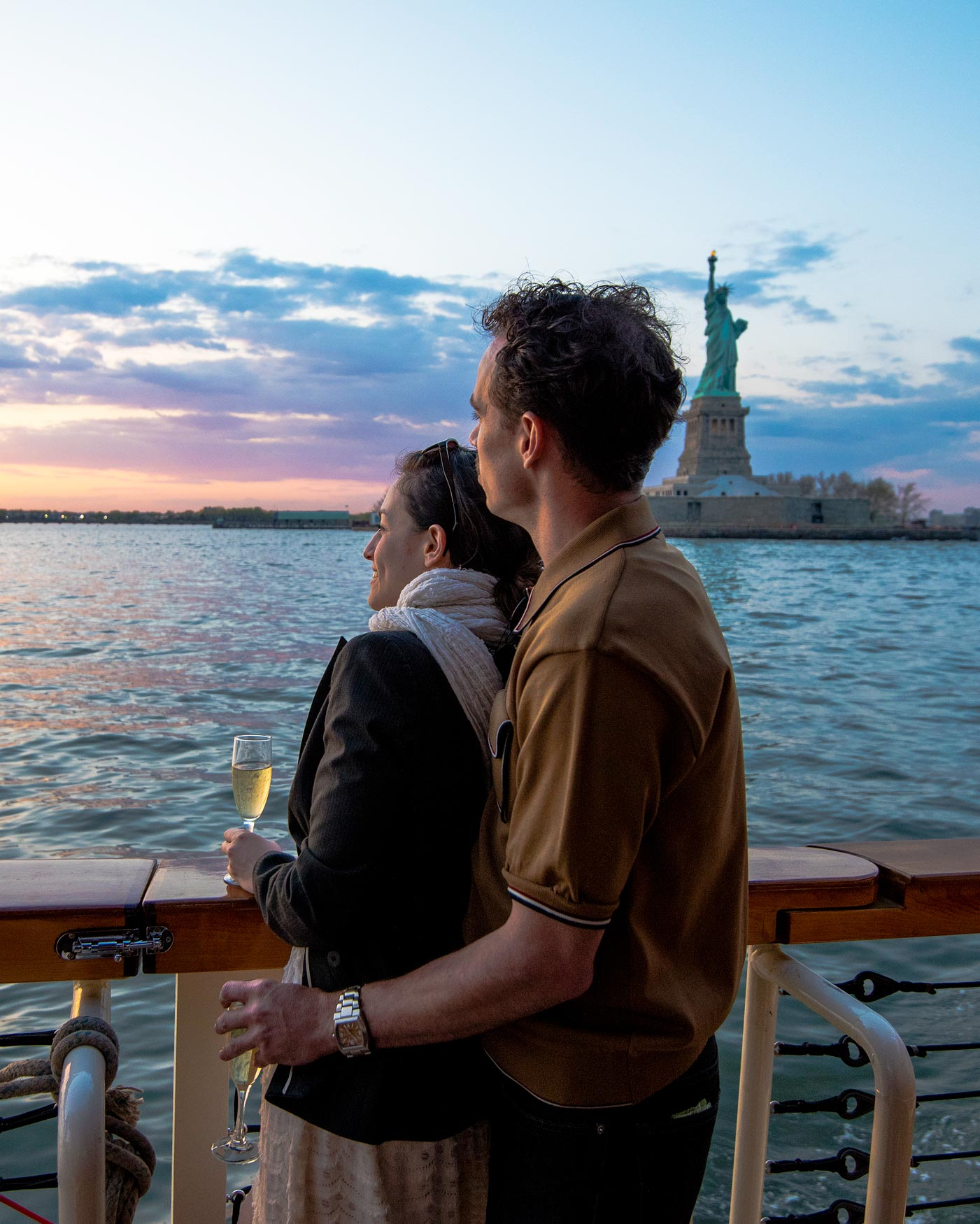 nyc-proposals-classic-harbor-line-cruise-statue-of-liberty-sunset-0616.jpg