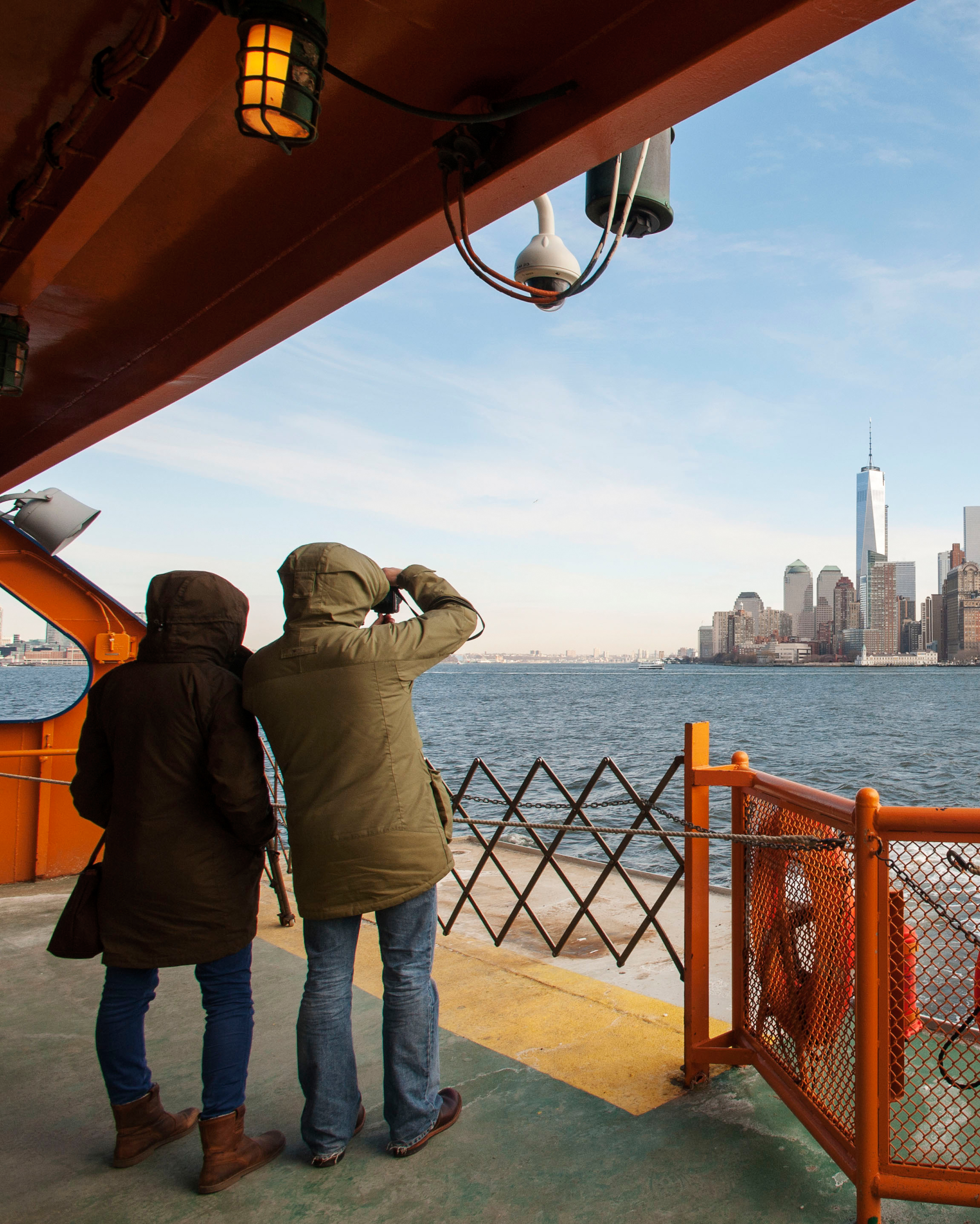nyc-proposal-spot-staten-island-ferry-view-of-manhattan-skyline-1114.jpg