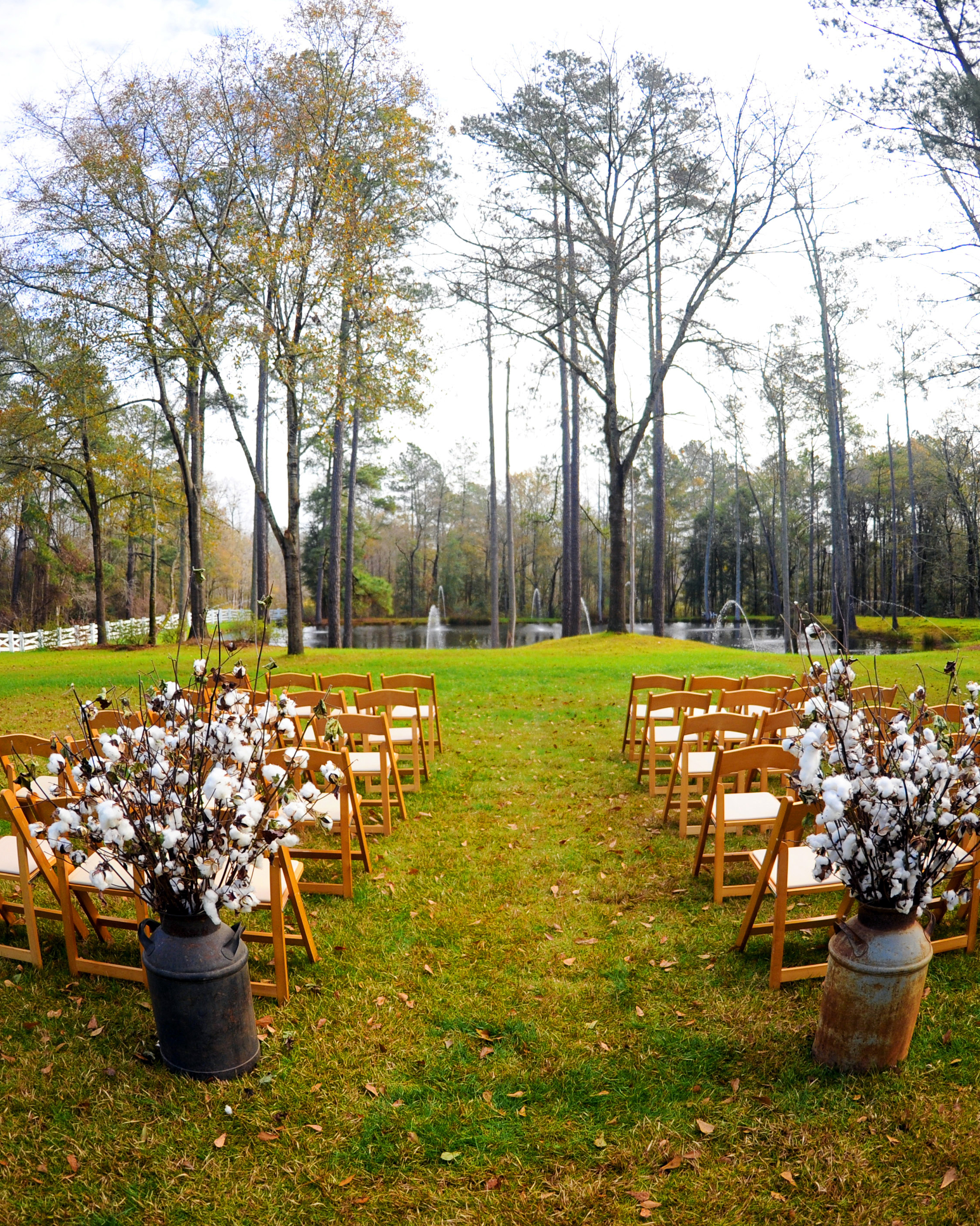 location-scout-wildberry-farm-ceremony-pond-1014.jpg