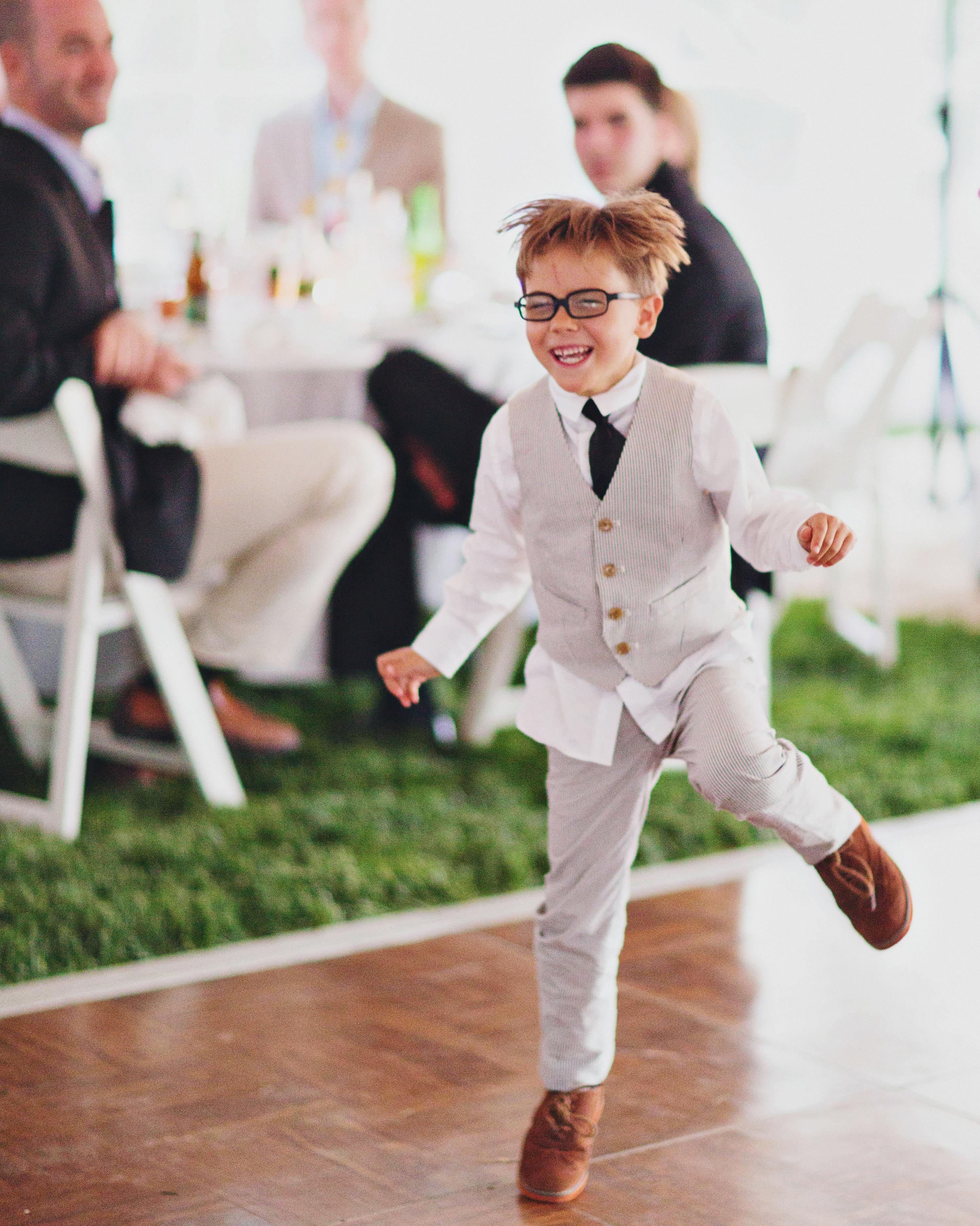 casey-ross-wedding-dancing-761-s111514-1114.jpg