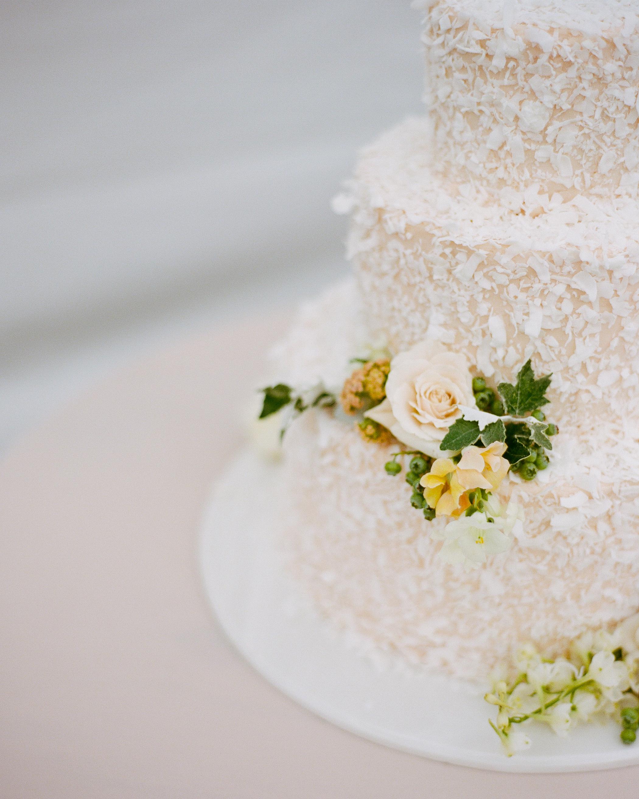 jamie-alex-wedding-cake-228-s111544-1014.jpg