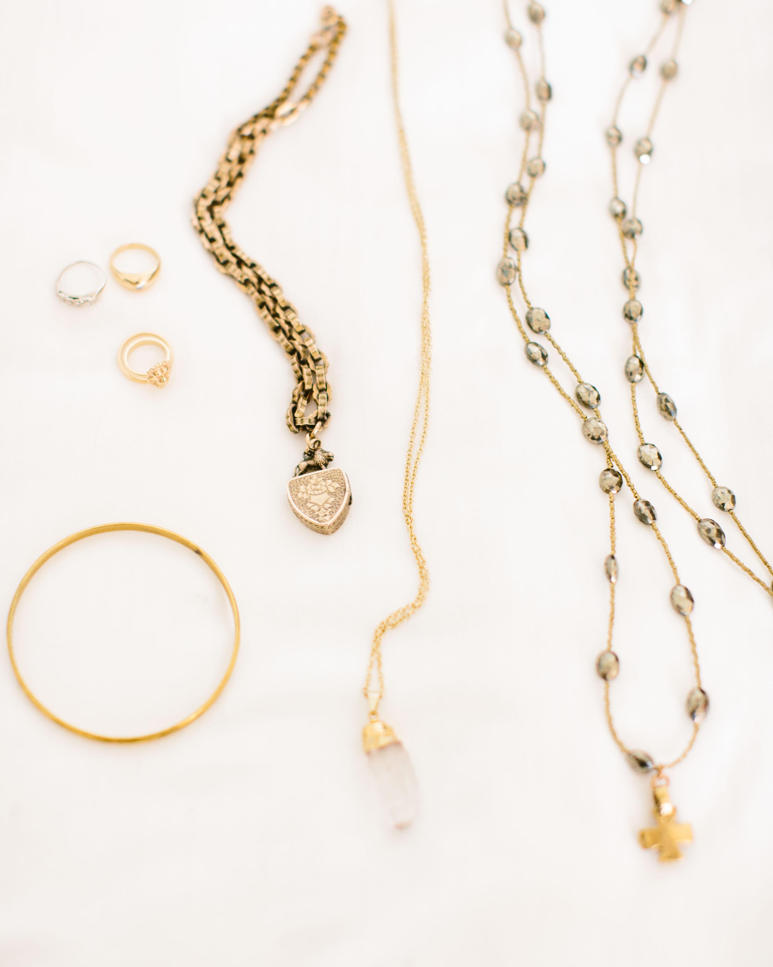 ali-jess-wedding-jewelry-074-002-s111717-1214.jpg