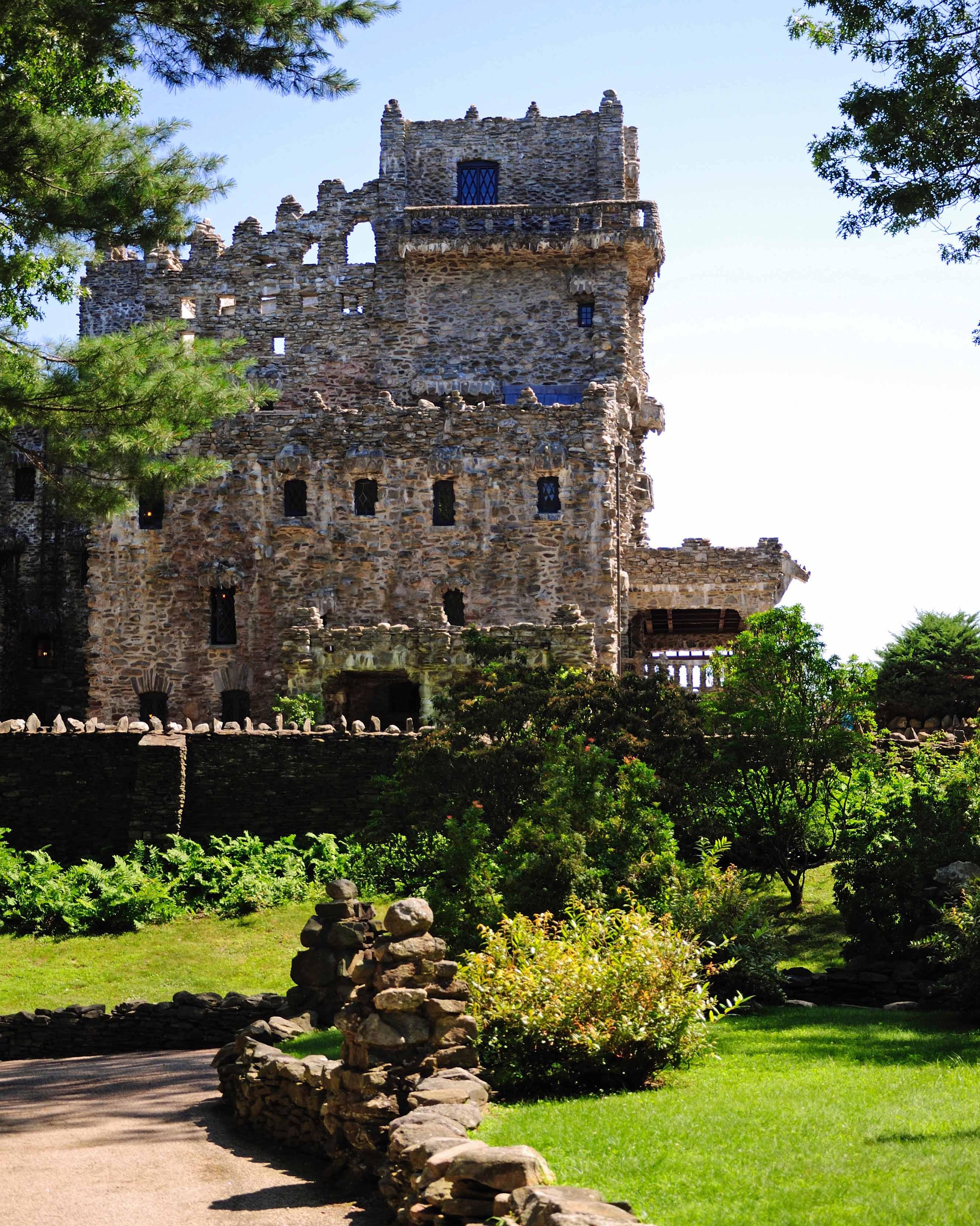 castle-wedding-venues-gillette-connecticut-0115.jpg