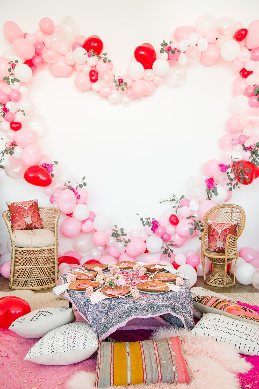 pink bridal shower balloon heart