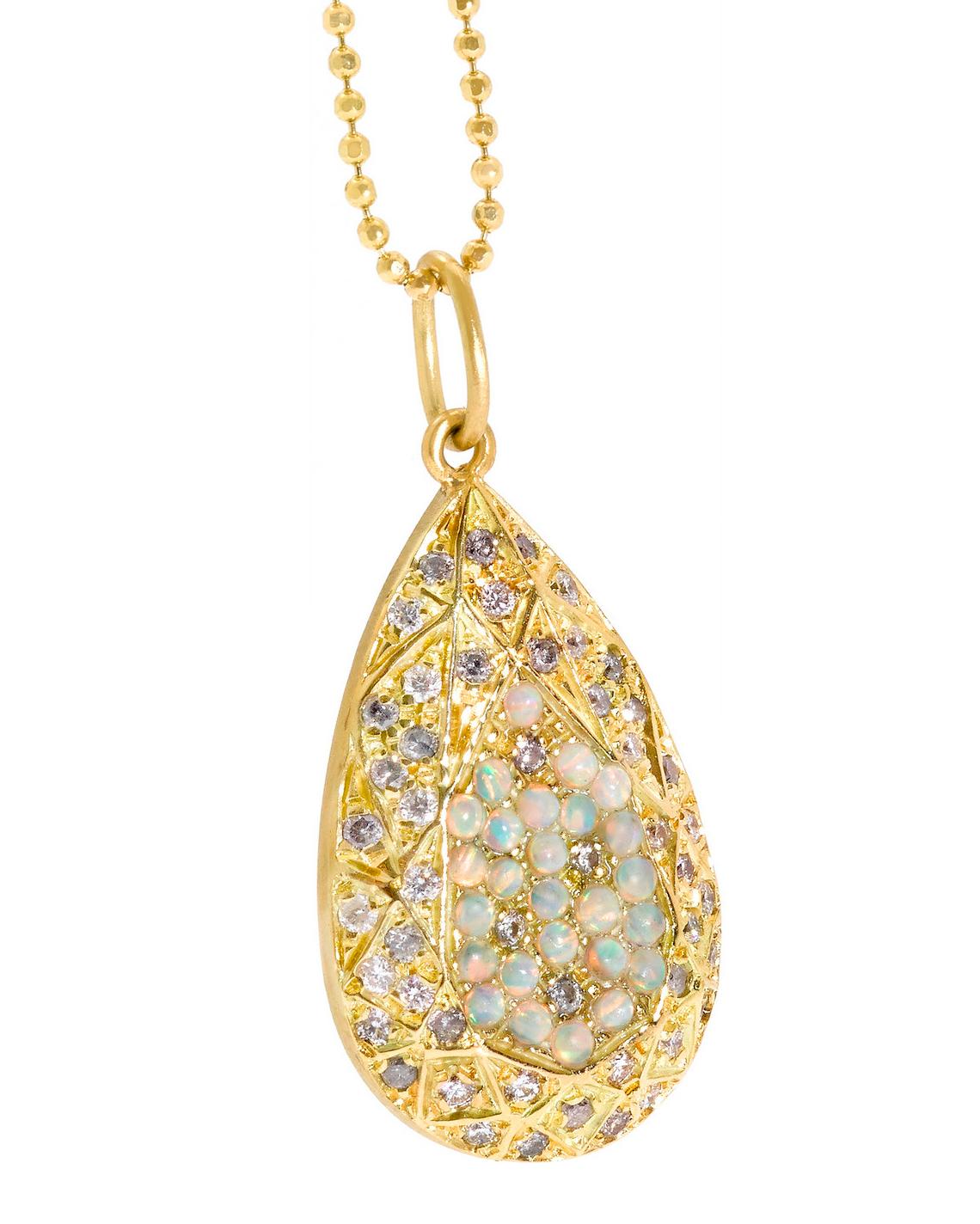 opal-necklace-carolina-bucci-netaporter-0115.jpg