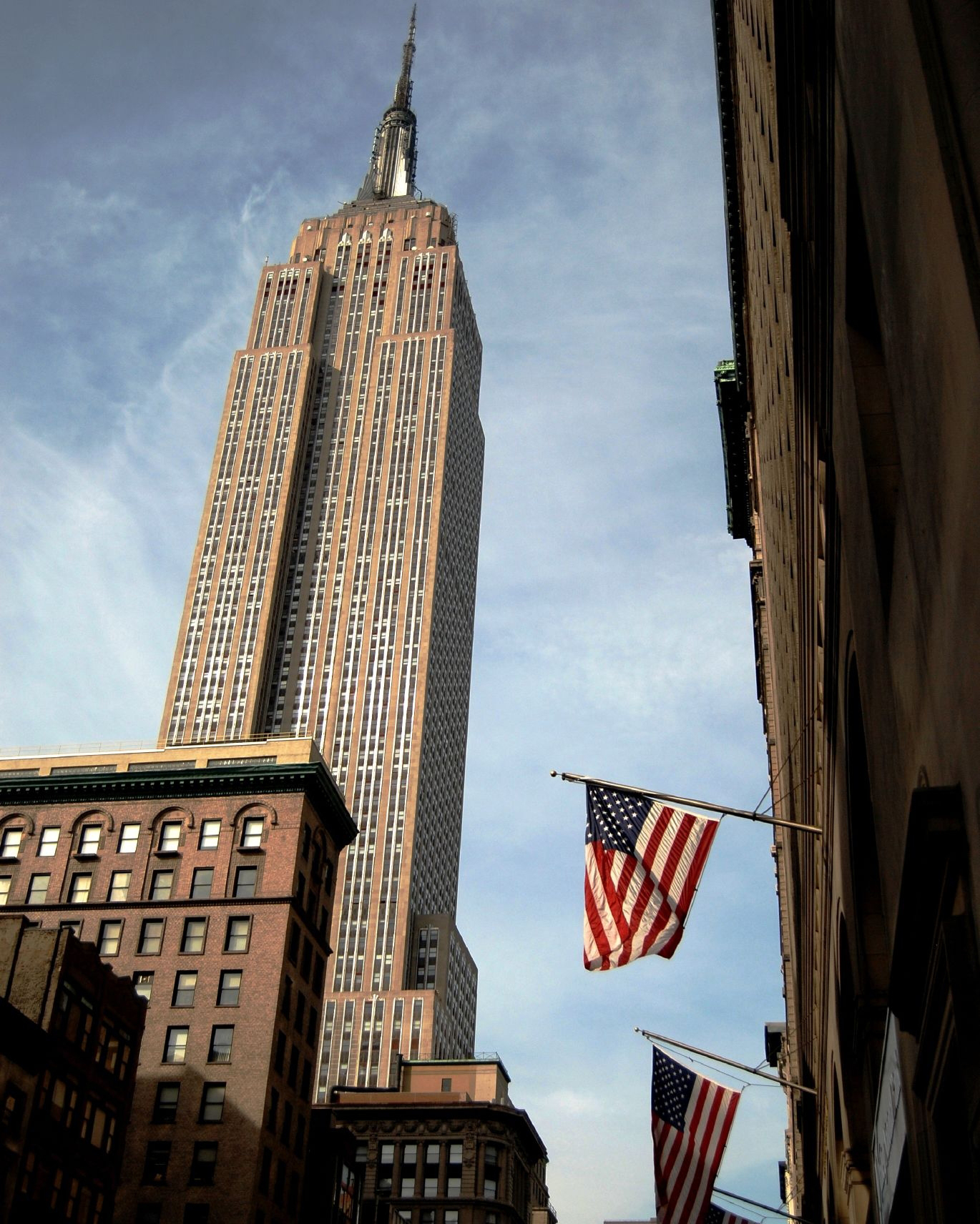 nyc-proposal-spot-empire-state-building-from-street-1114.jpg