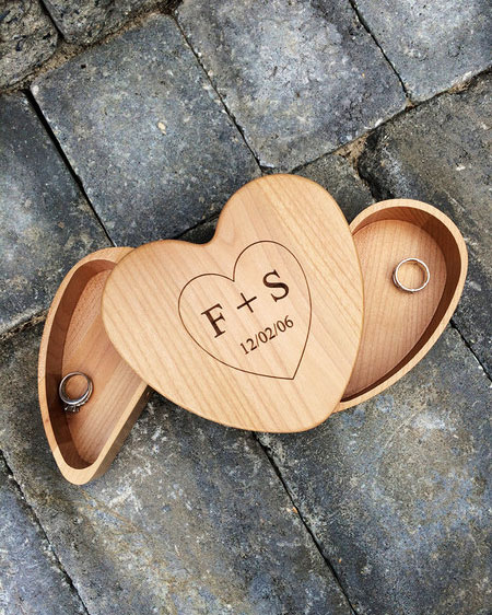 unique-ring-box-personalized-heart-0316.jpg