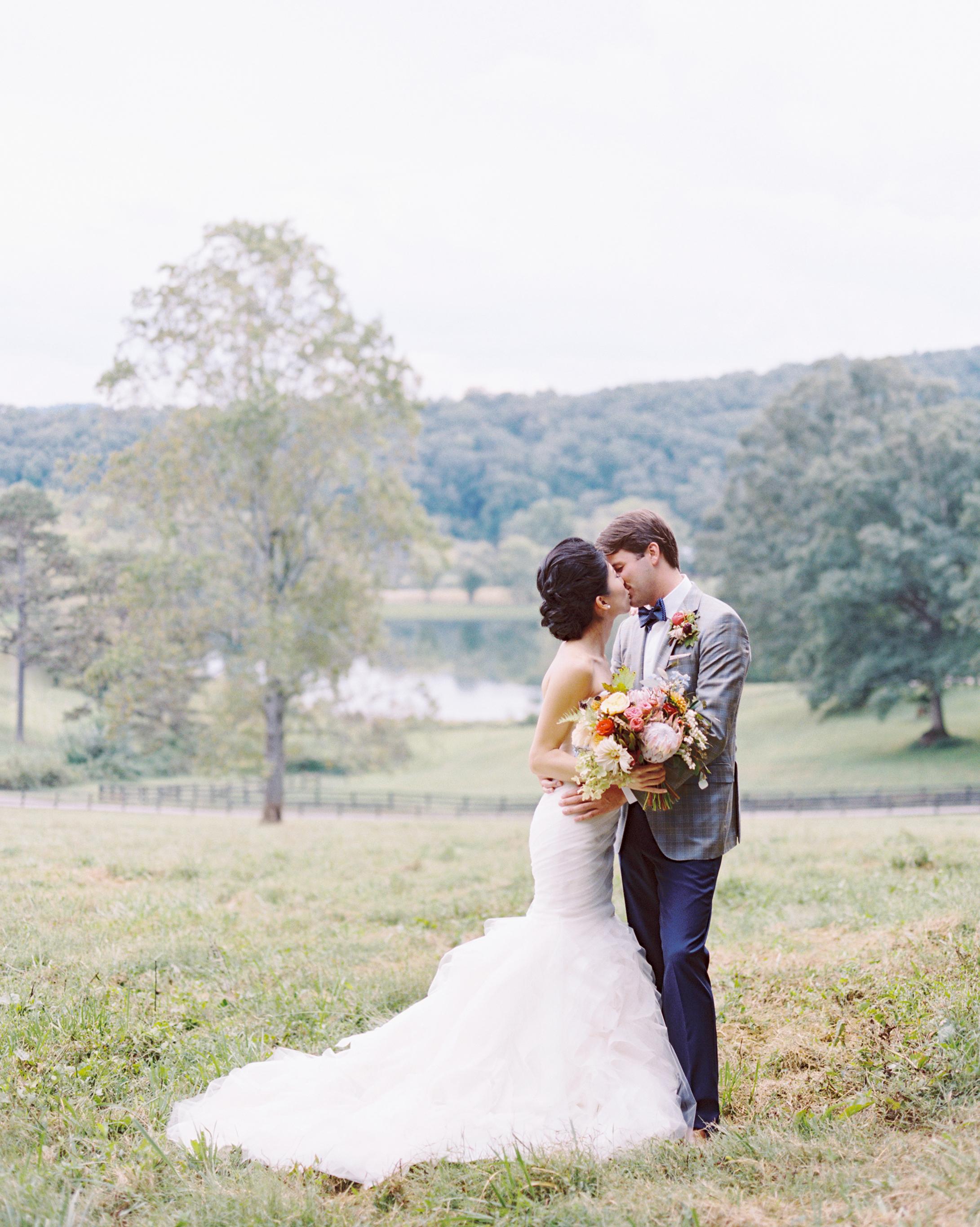 michelle-john-wedding-north-carolina-3-s111840-0215.jpg