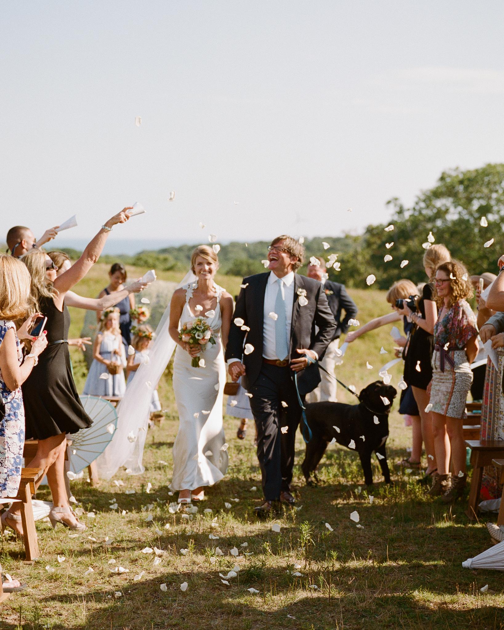 jocelyn-graham-wedding-petals-0816-s111847-0315.jpg