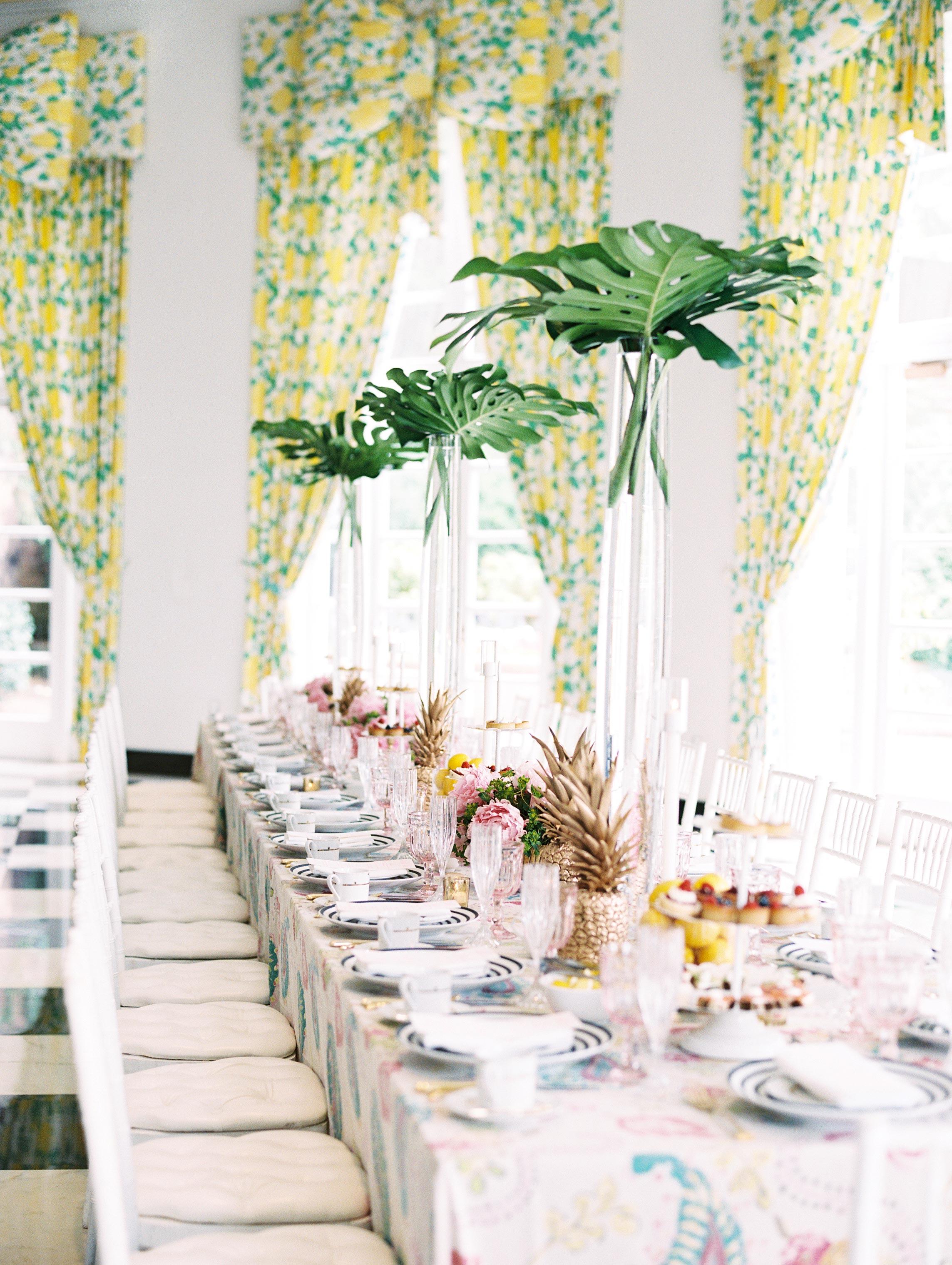 tablescape leaves bachelorette party