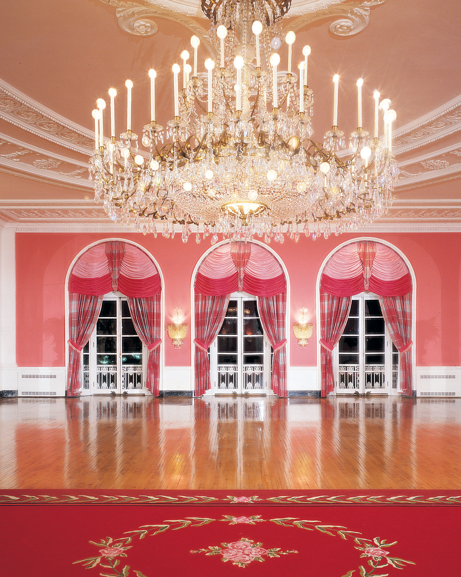 colorful-wedding-venues-greenbrier-cameo-ballroom-0315.jpg