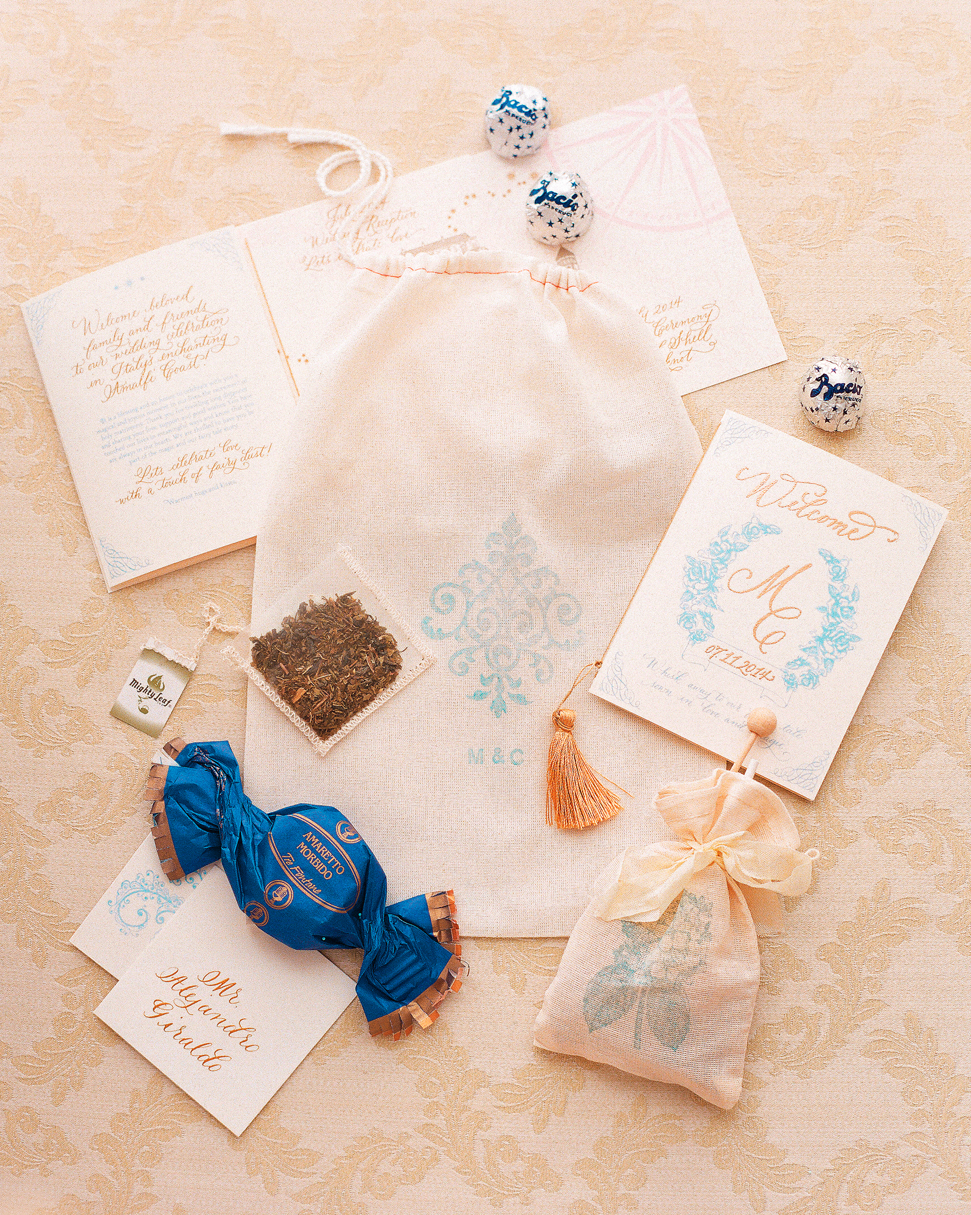 michelle-christopher-positano-italy-stationary-favors-0054-s111681.jpg