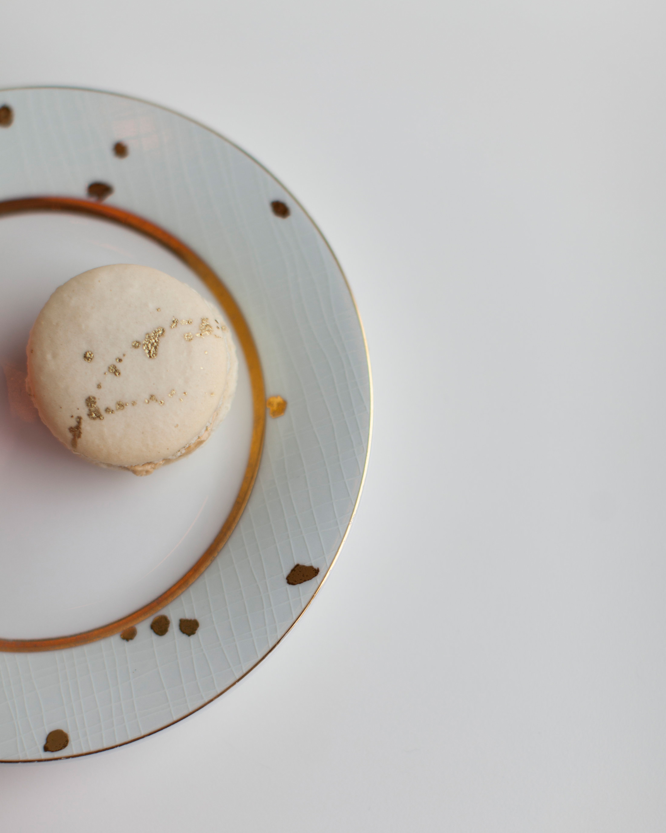 ashley-ryan-wedding-macaron-6544-s111852-0415.jpg