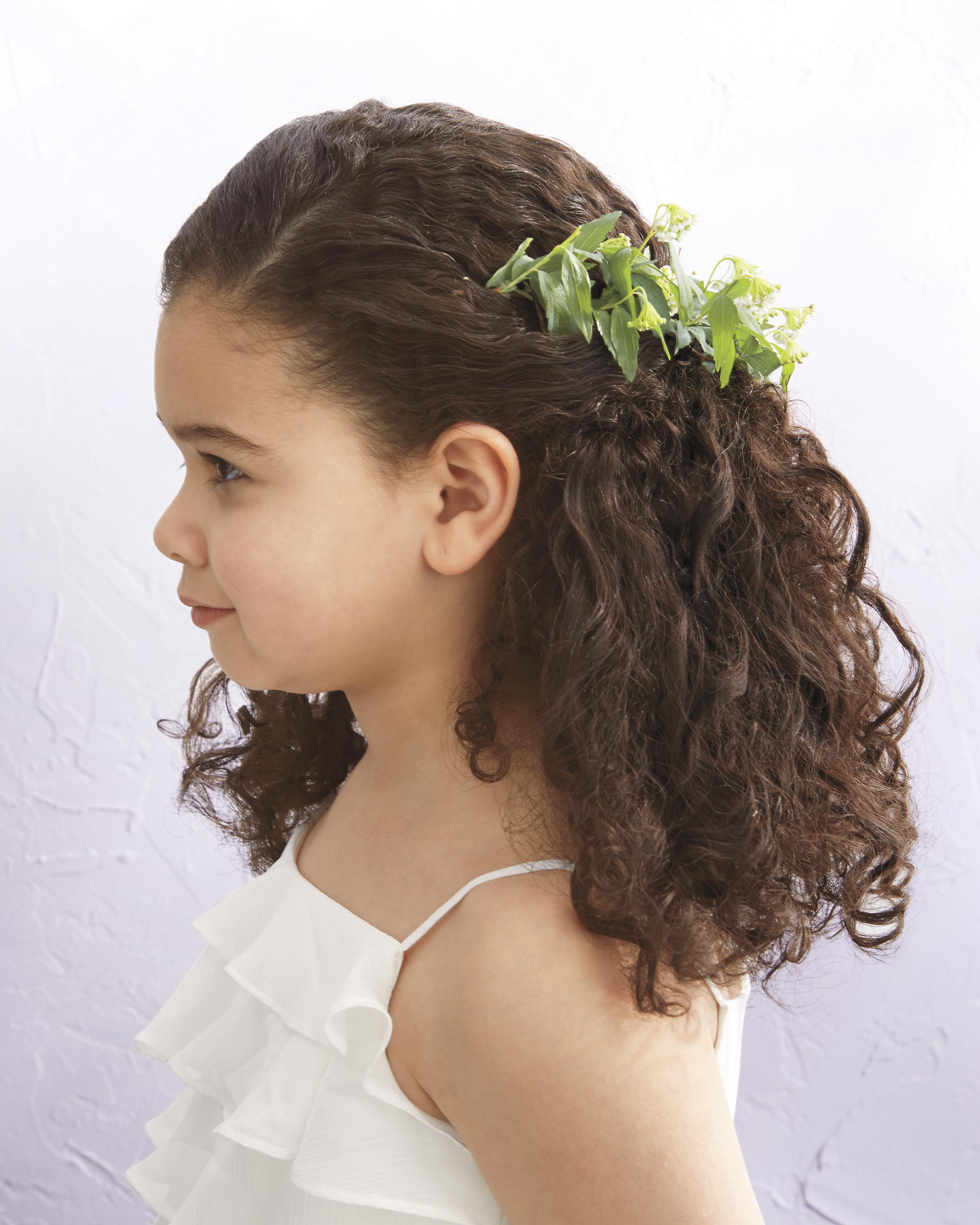 Flower Girl's Single Twist Sideswept Hairstyle