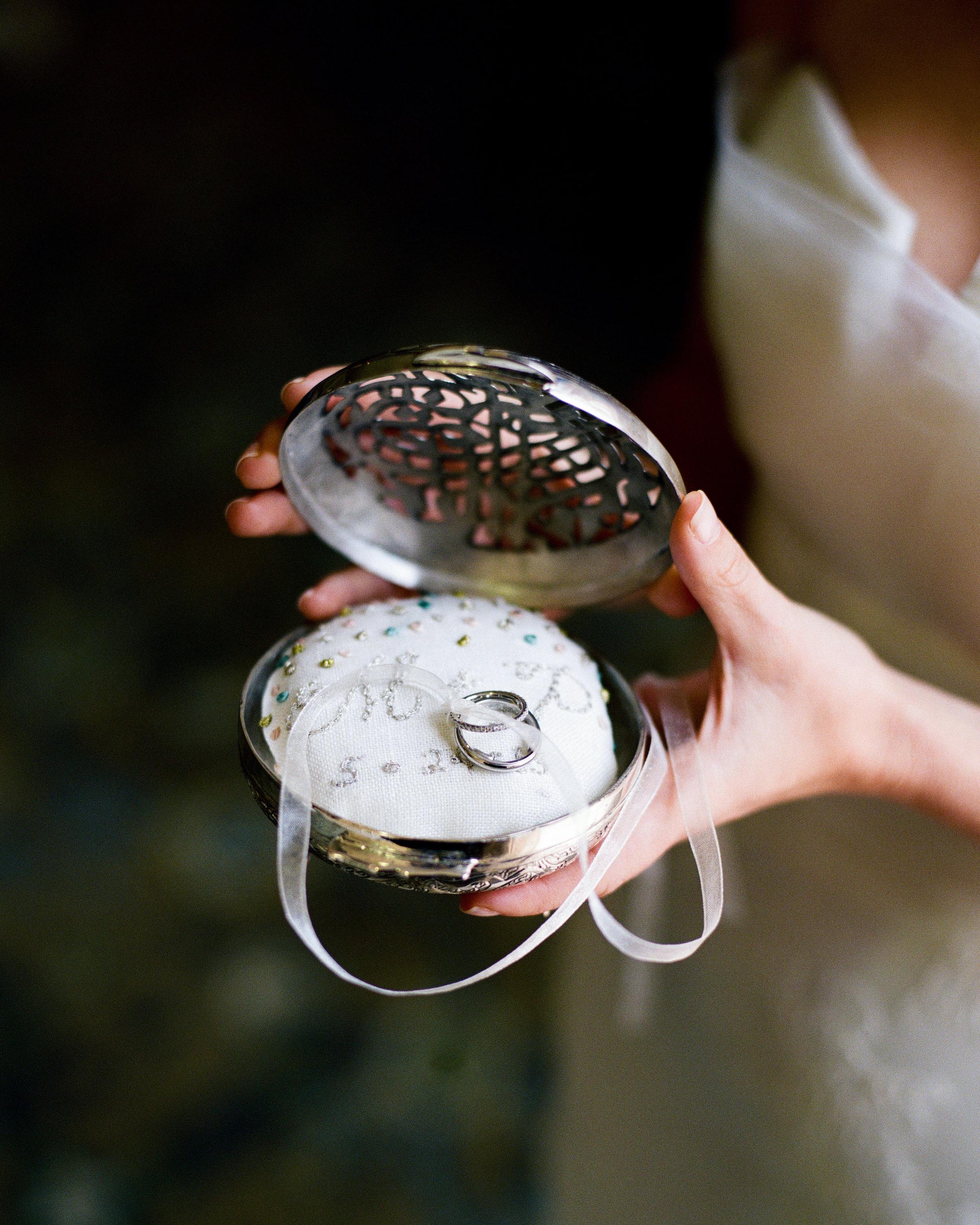 marwa-peter-wedding-rings-0414.jpg
