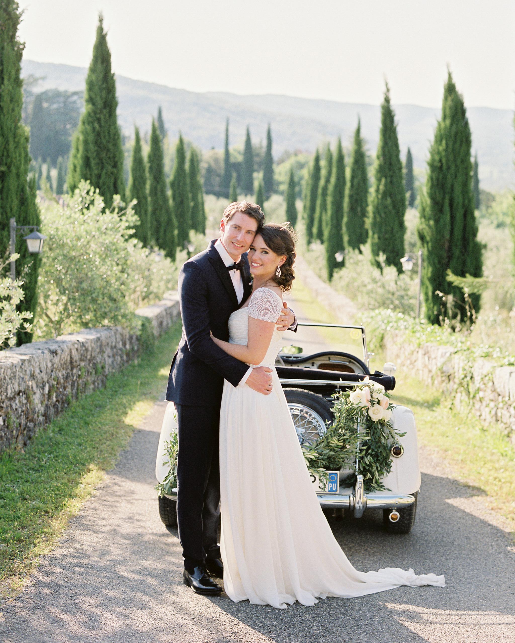 lauren-ollie-wedding-couple-402-s111895-0515.jpg