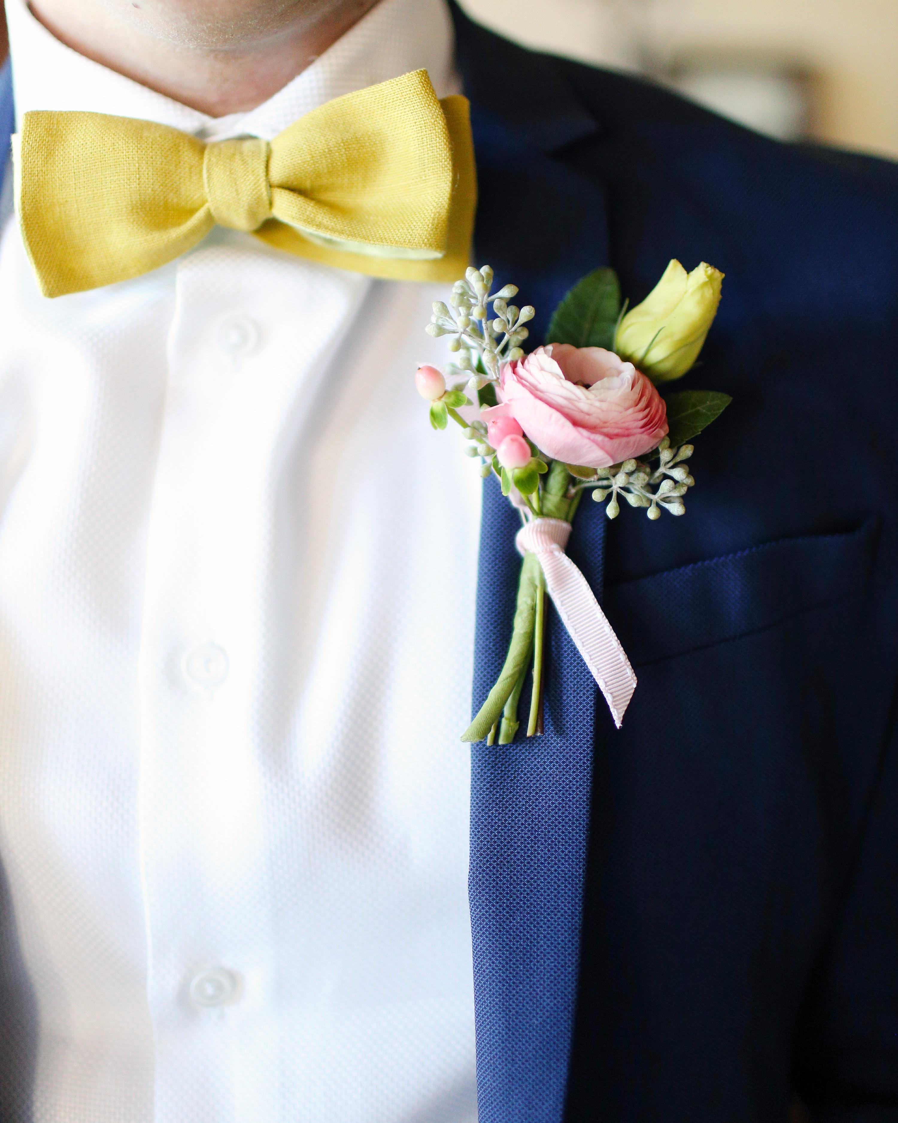 7b0ee6aff8670 64 Boutonnières You Both Will Love | Martha Stewart Weddings