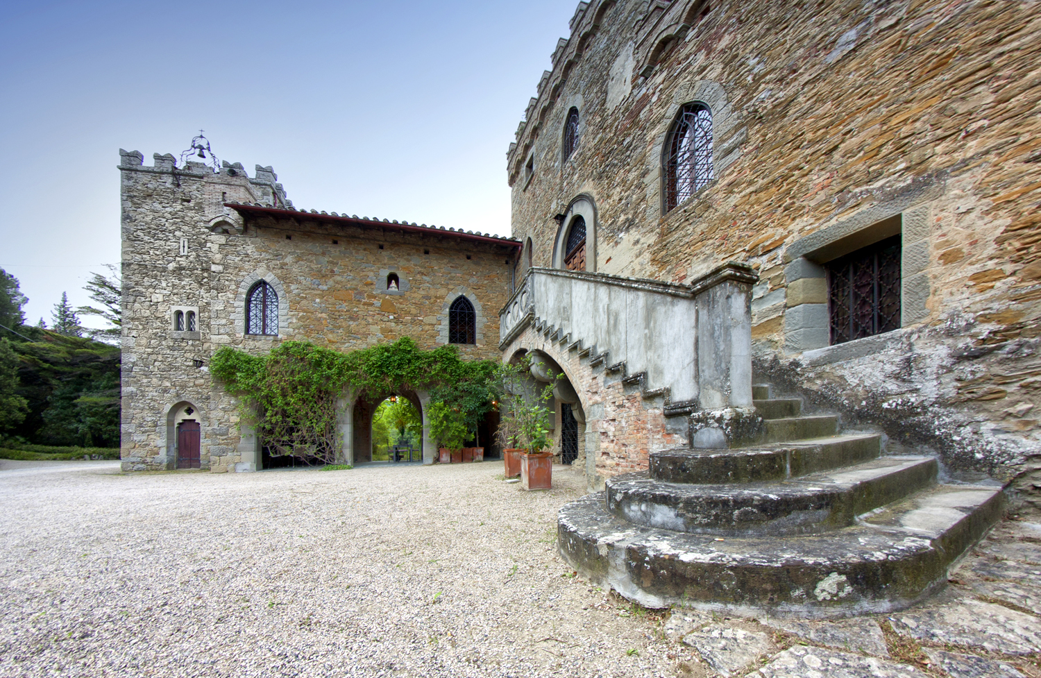 air bnb wedding venue tuscany stone castle