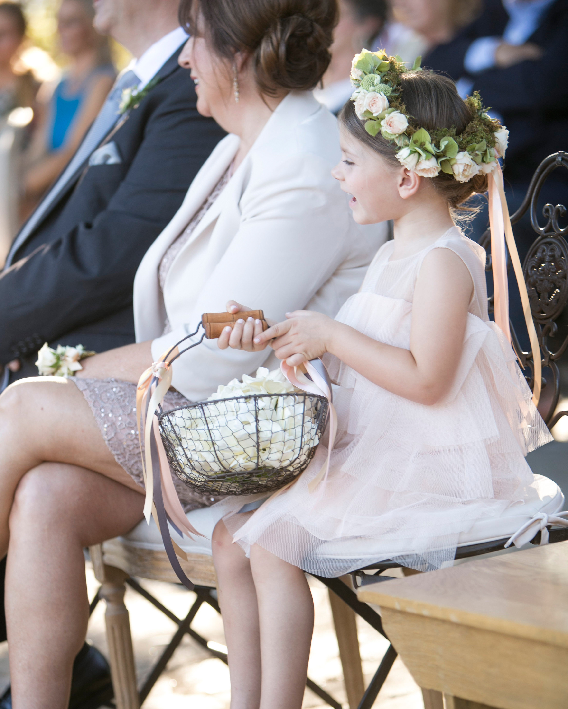 briana-adam-wedding-flowergirl-0789-s112471-1215.jpg