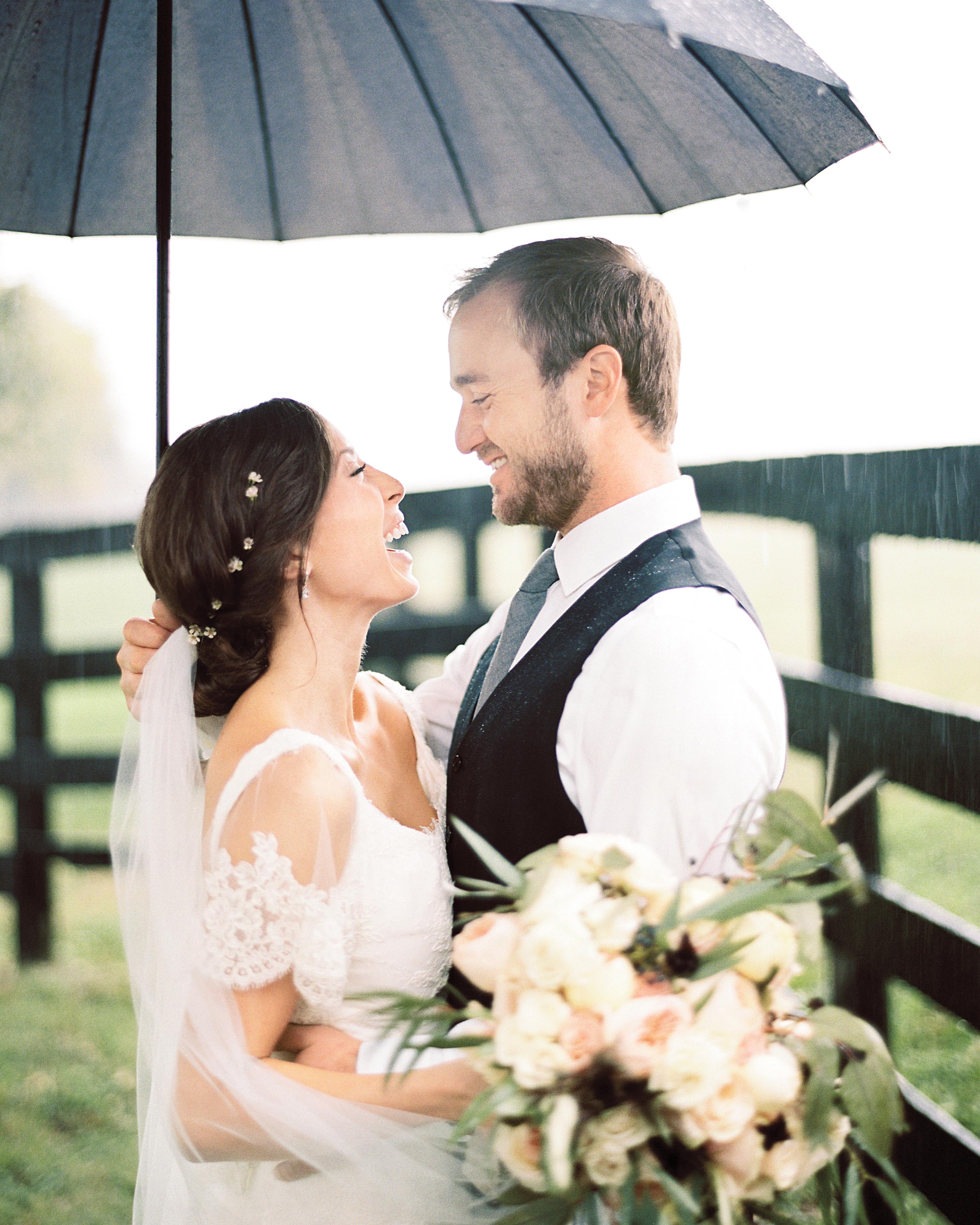 bride-groom-blaine-carson-wedding-178-mwds110873.jpg