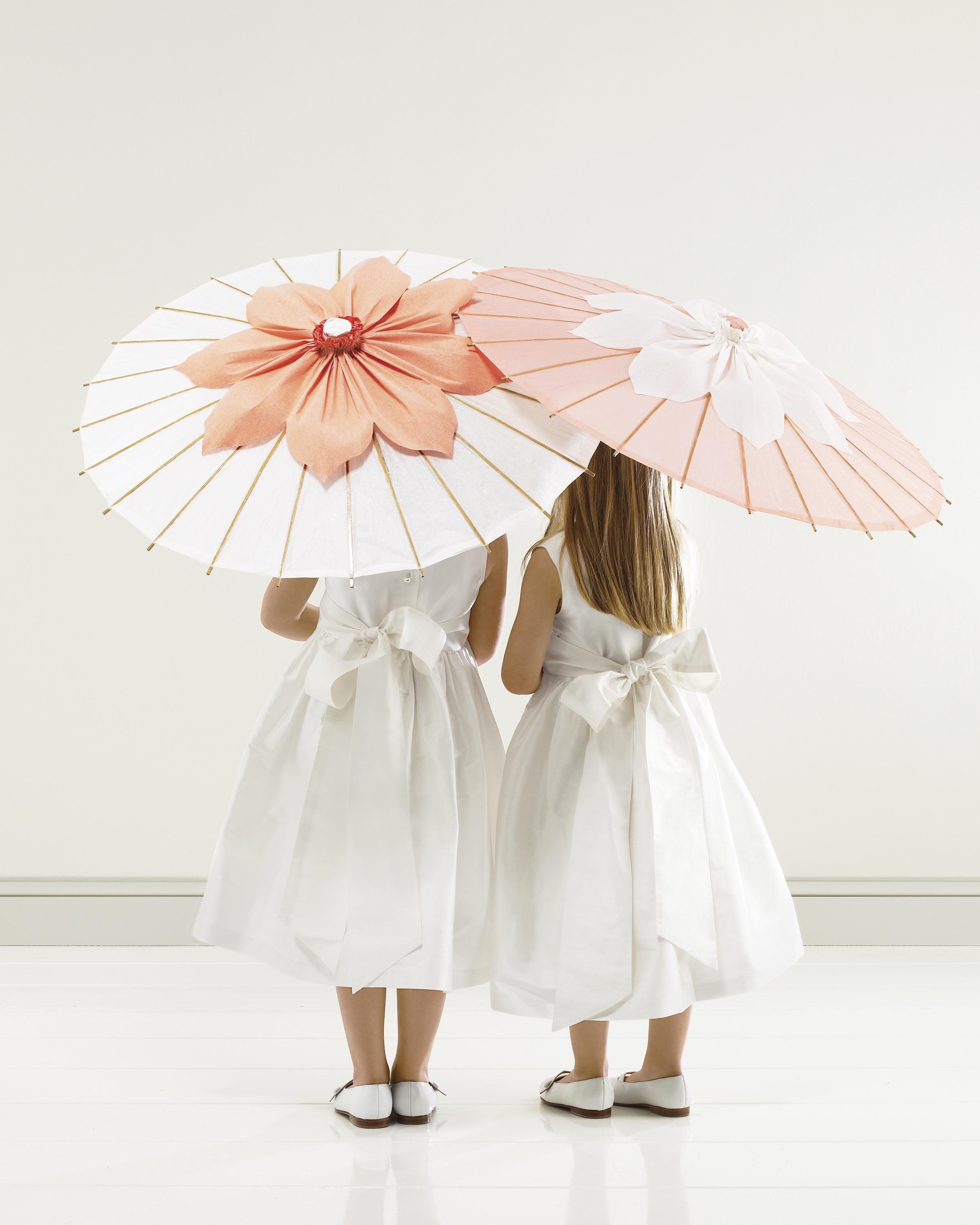 outdoor-wedding-decorations-mwd104505-parasol-0515.jpg
