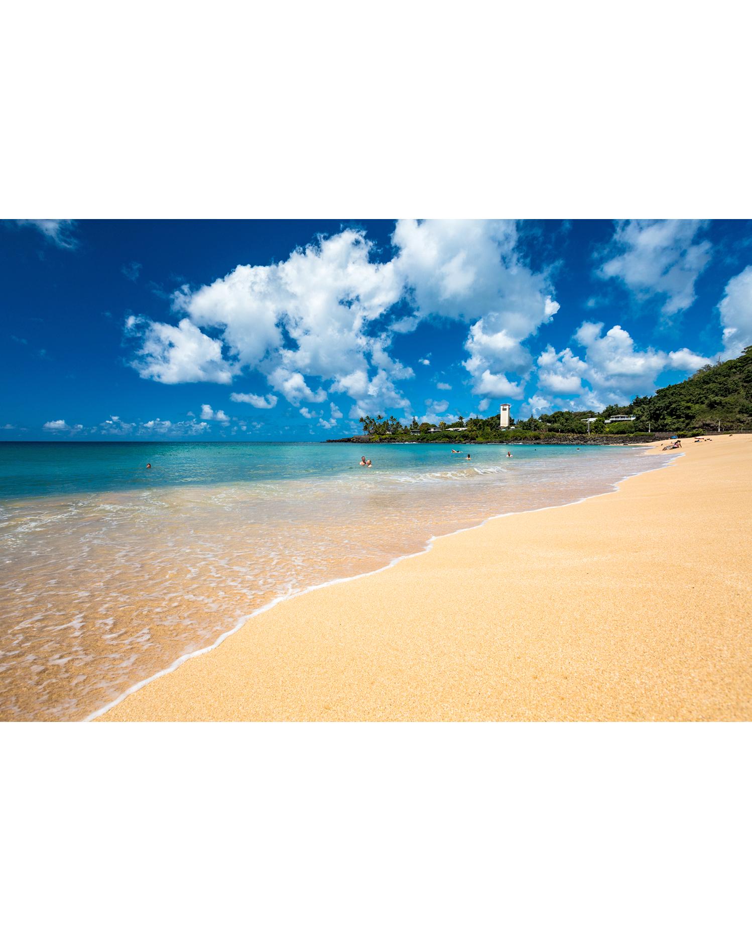 Waimea Bay Beach Park in Oahu, Hawaii