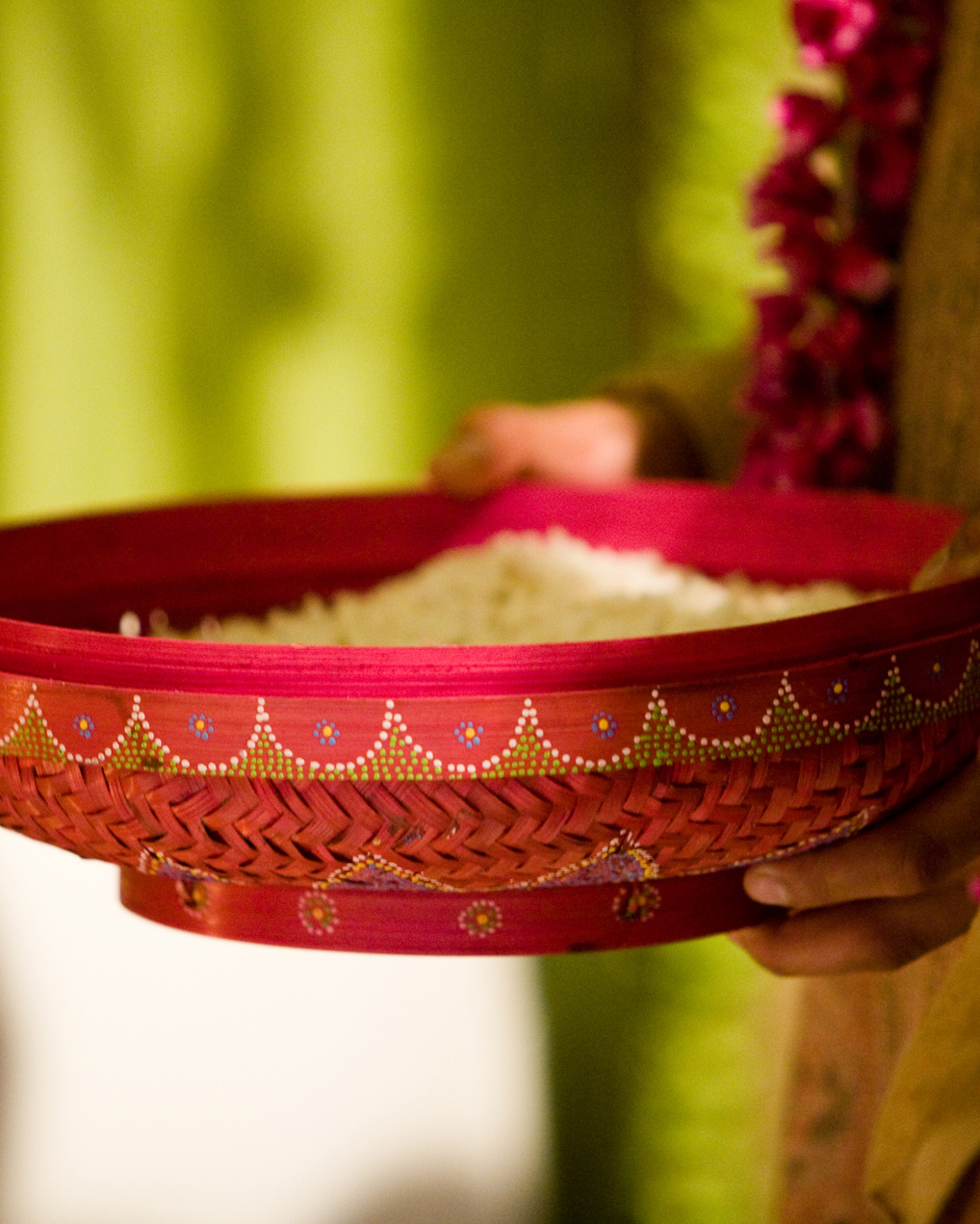 hindu-wedding-traditions-pot-of-rice-toronto-somina-gaurav-travel09-0615.jpg
