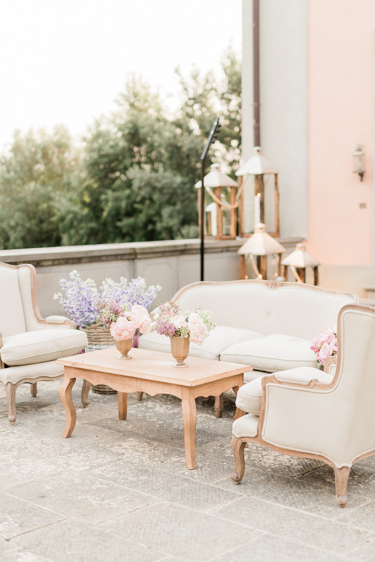 outdoor balcony wedding lounge area