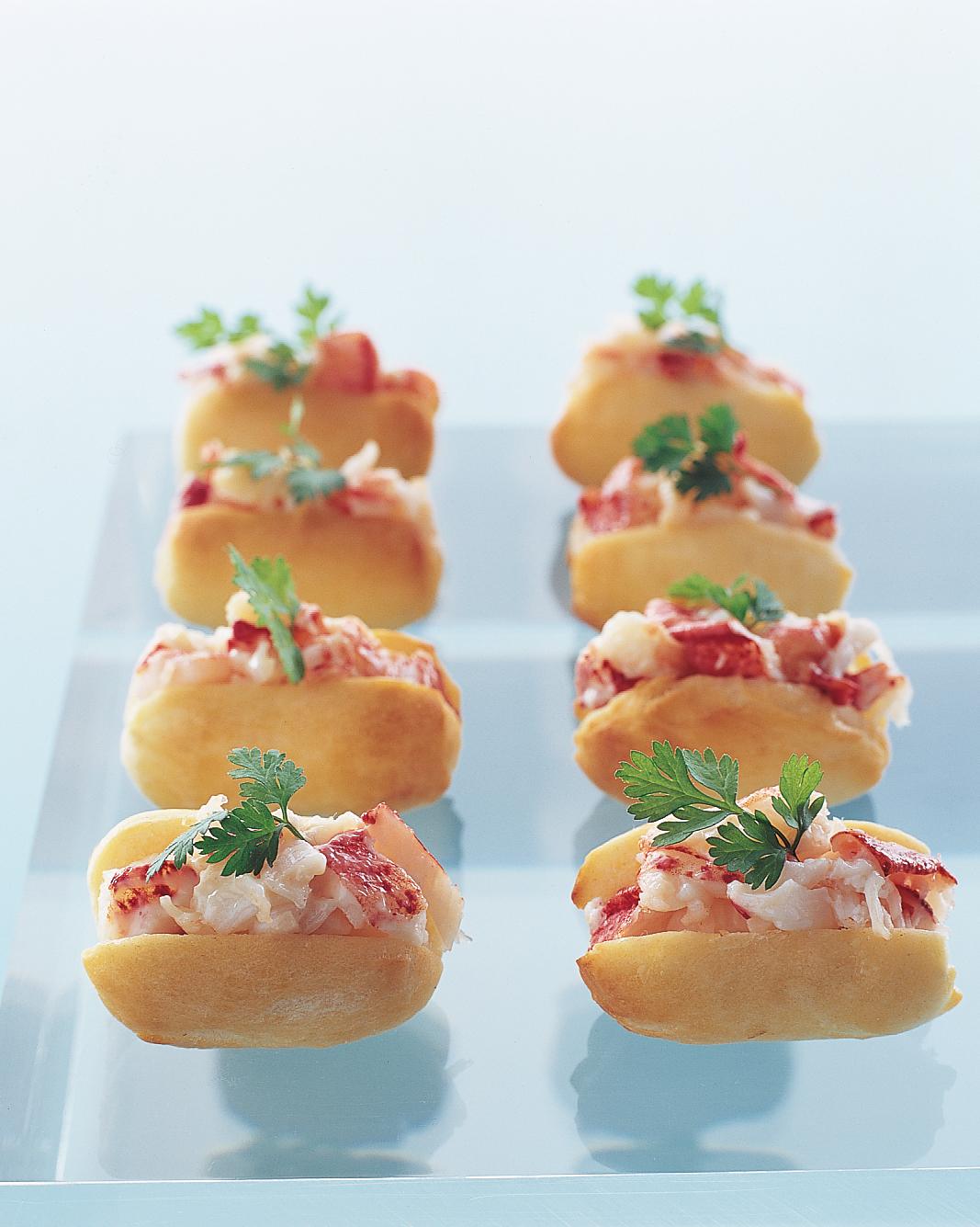 finger-food-recipes-little-lobster-rolls-su03-0615.jpg