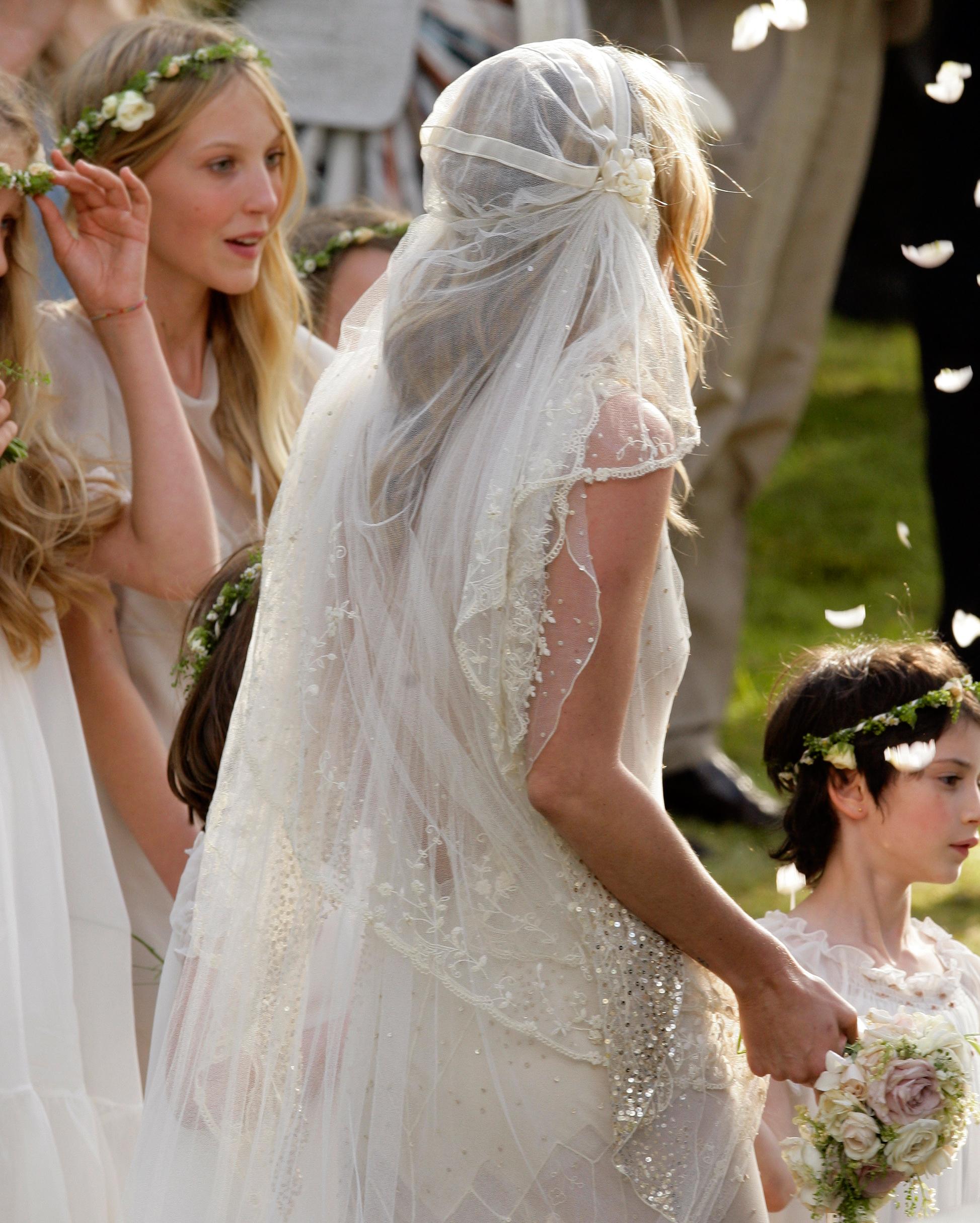 celebrity-brides-veils-kate-moss-jamie-hince-0615.jpg