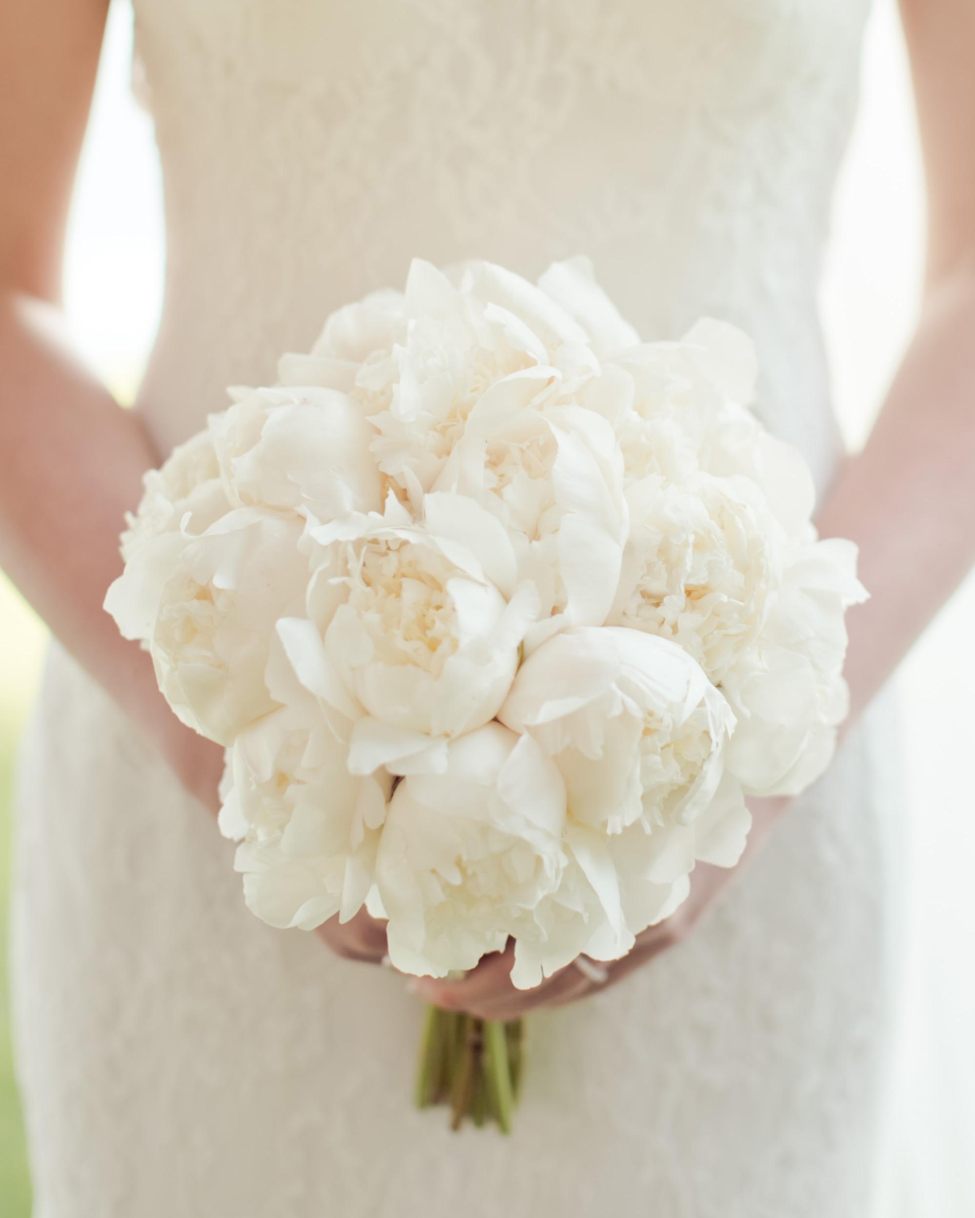emma-michelle-wedding-bouquet-0807-s112079-0715.jpg