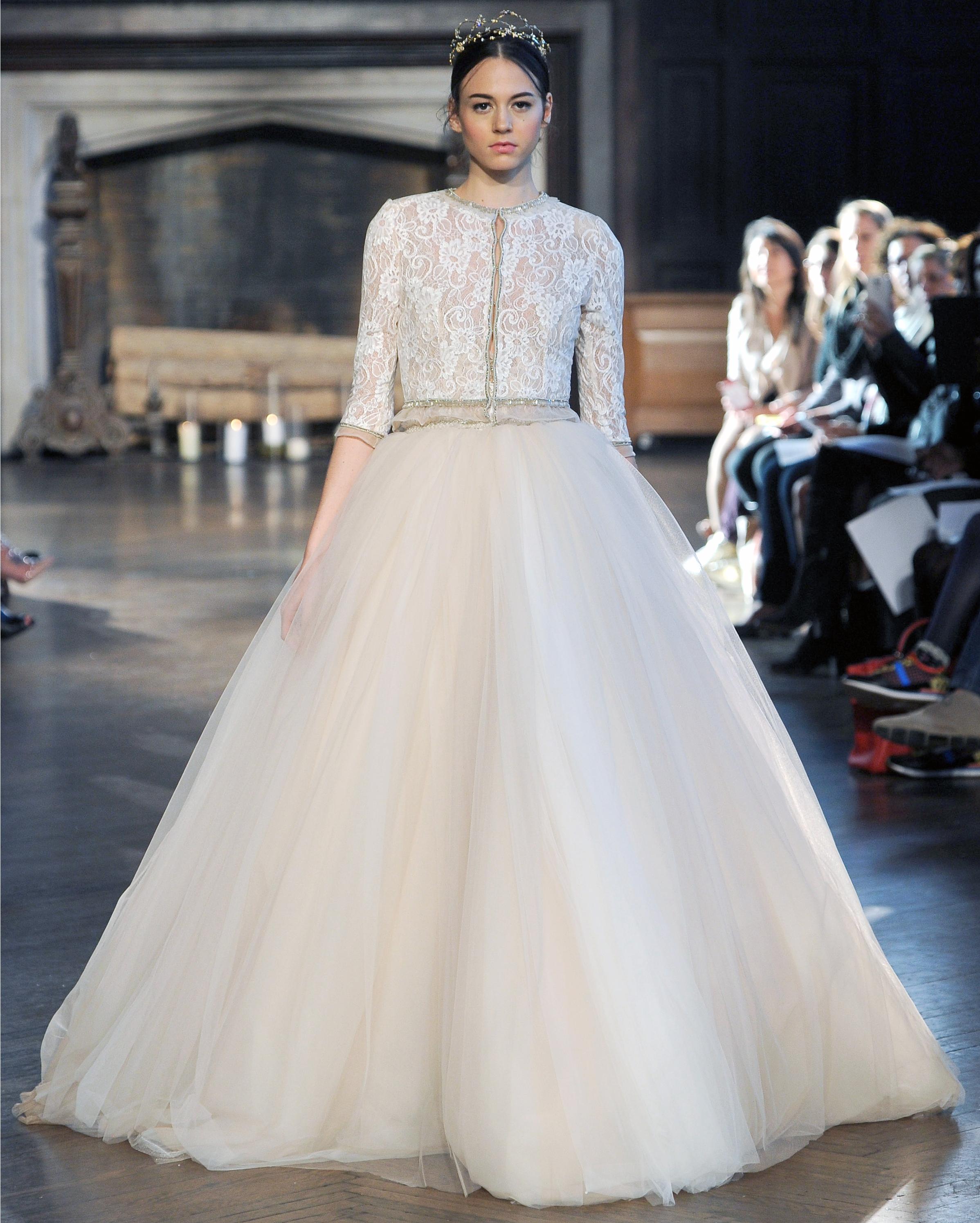 50-states-wedding-dresses-georgia-inbal-dror-0615.jpg