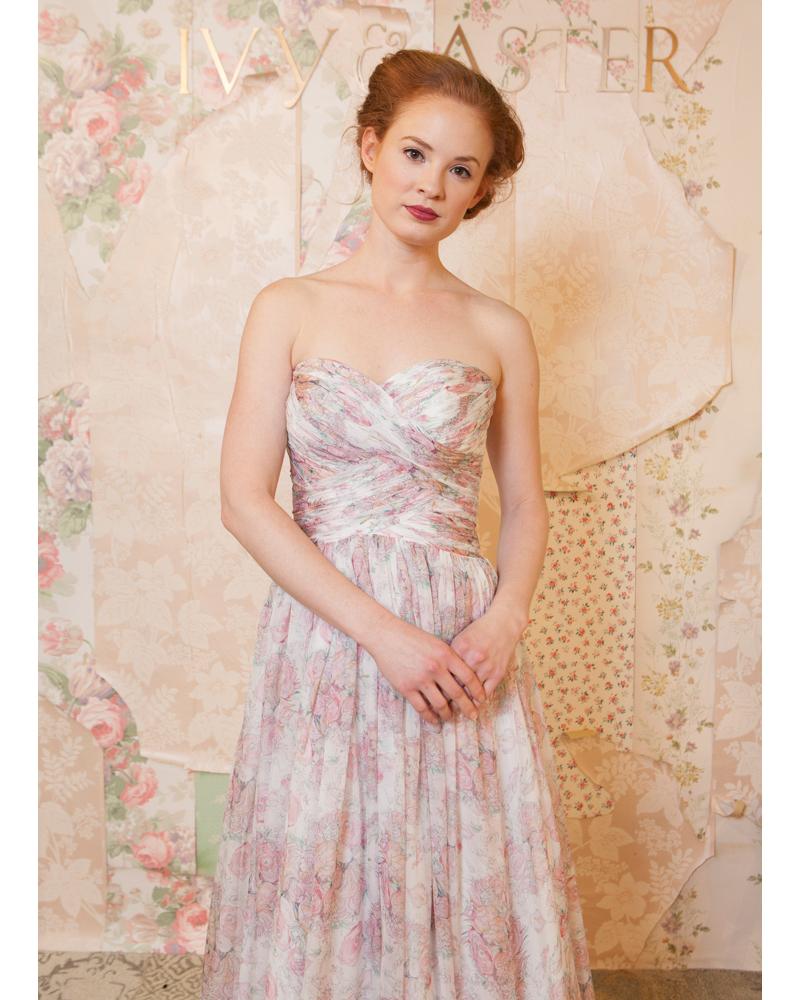 50-states-wedding-dresses-north-carolina-ivy-and-aster-0615.jpg