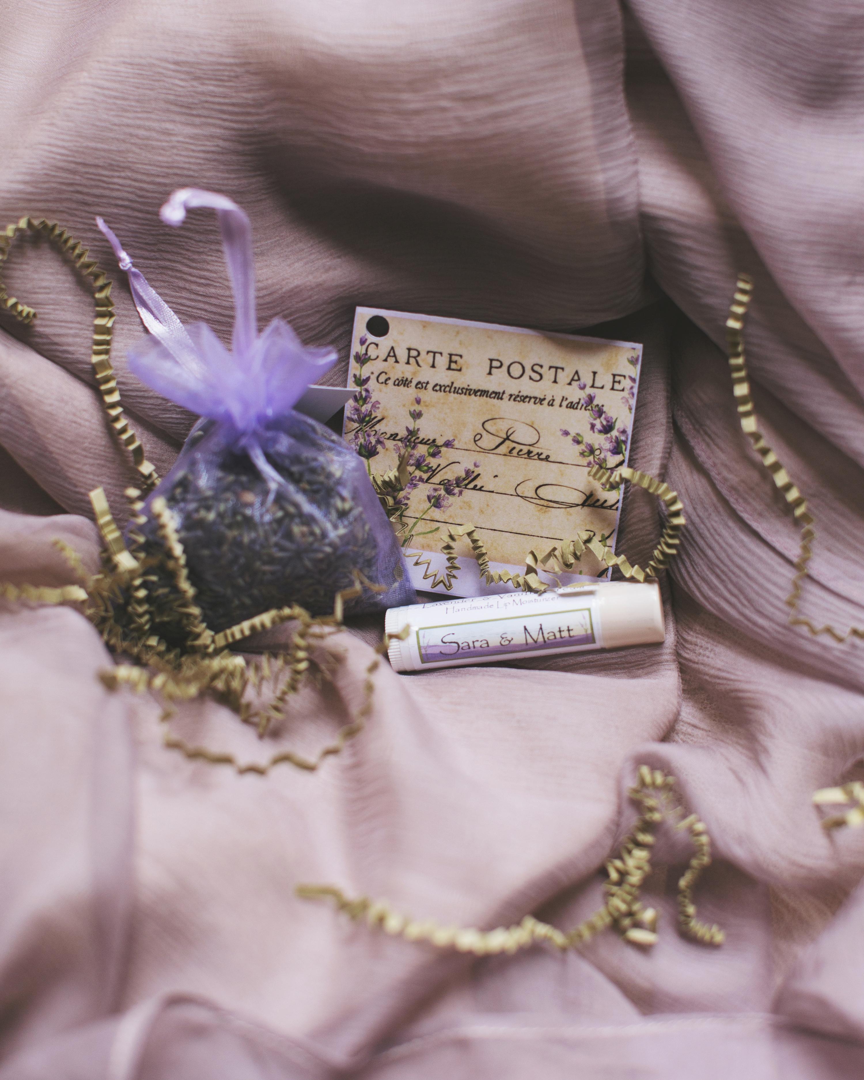 sara-matt-wedding-welcomebag-0232-s111990-0715.jpg
