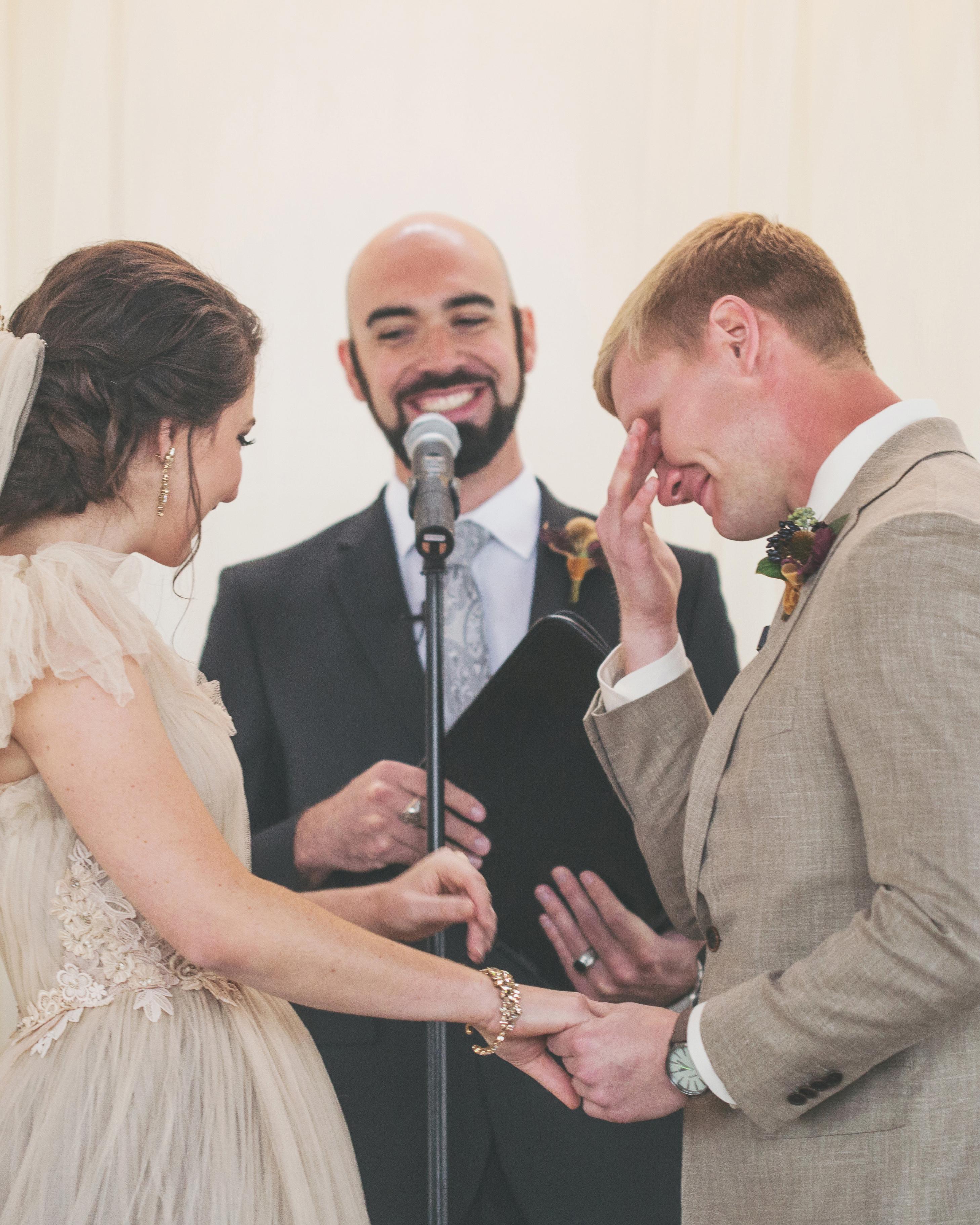 sara-matt-wedding-ceremony-2168-s111990-0715.jpg