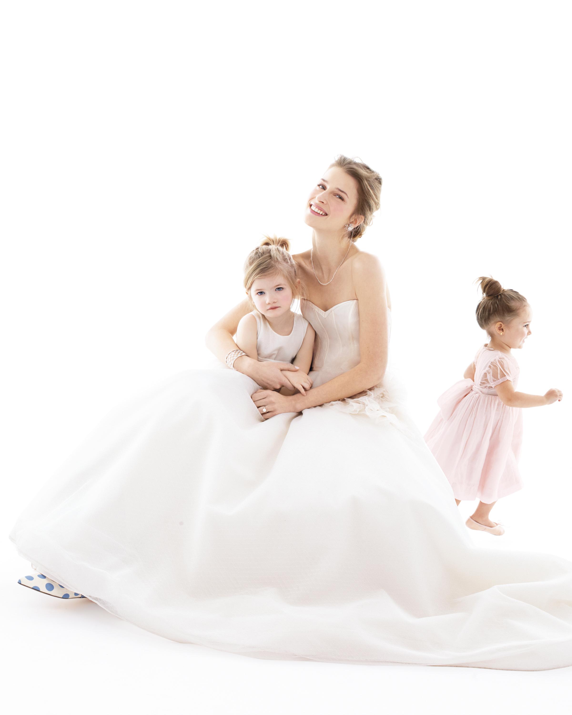 flower-girls-wedding-dress-137-d111904-comp.jpg