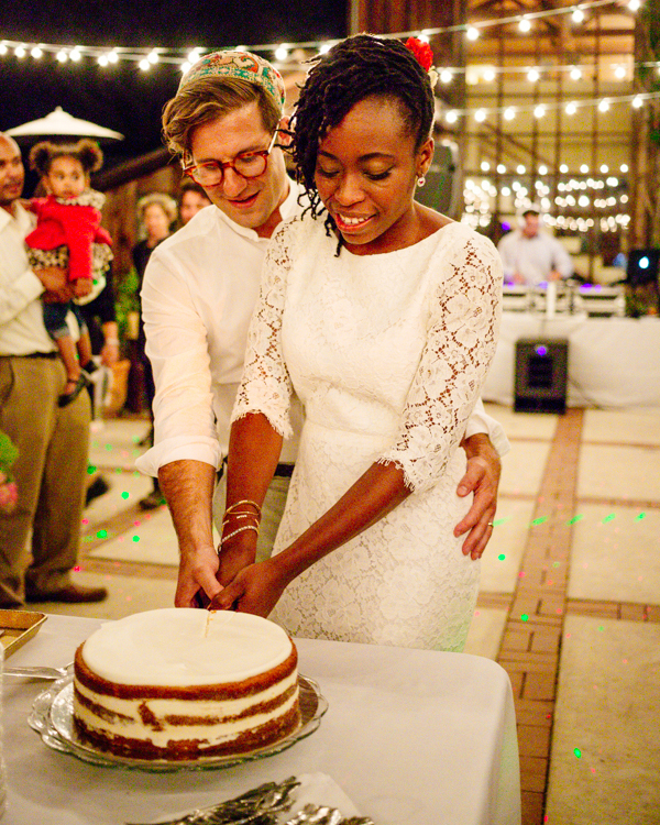 erica-jordy-wedding-cake-6162-s111971-0715.jpg