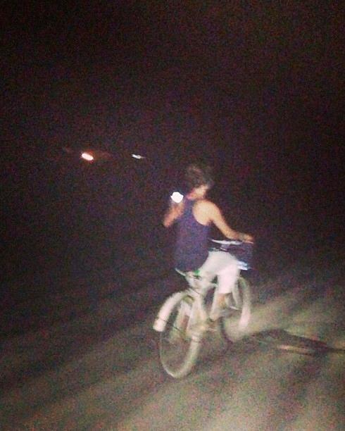 proposals-almost-gone-wrong-chelsa-dennis-bike-ride-instagram-0815.jpg