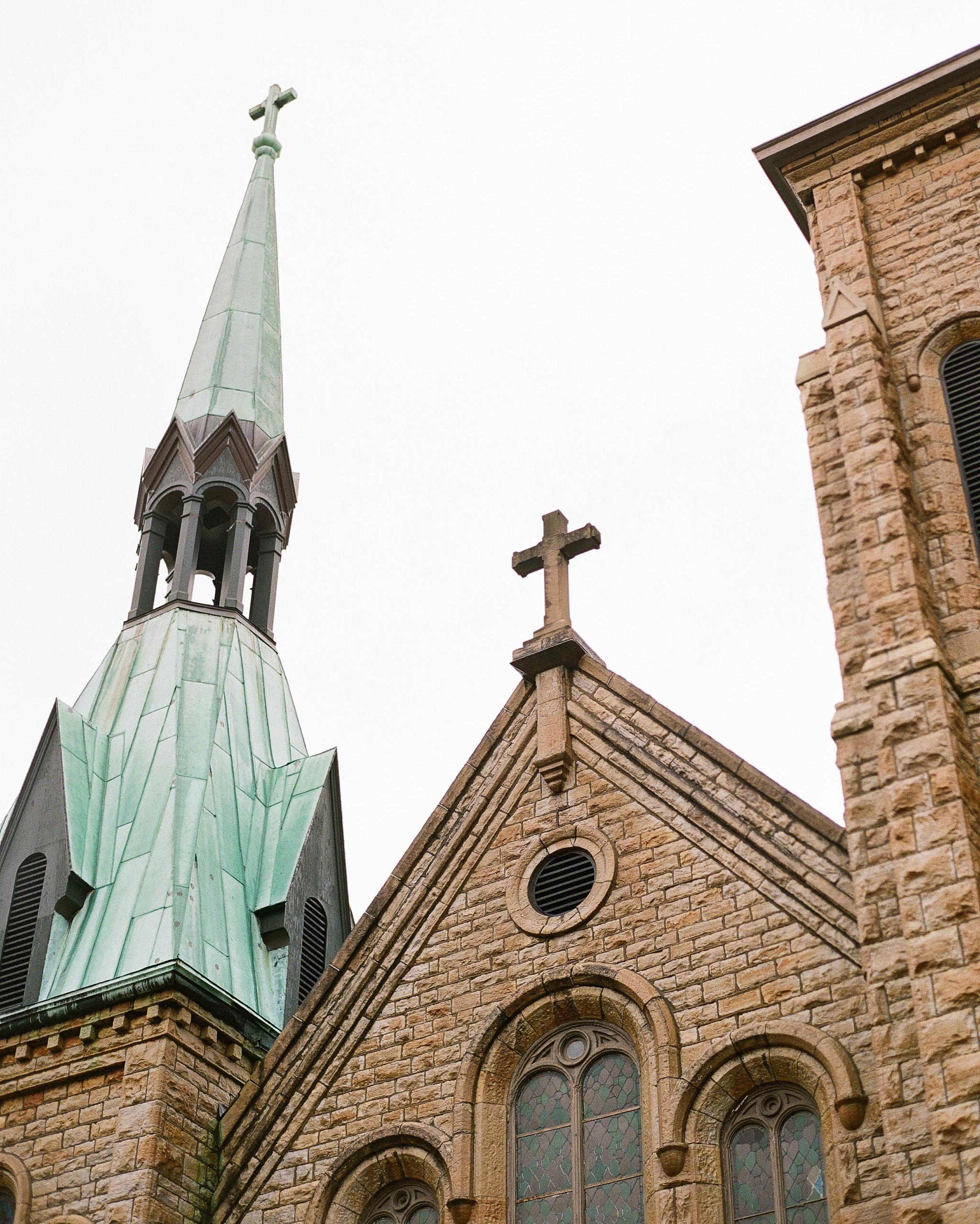 sidney-dane-wedding-church-270-s112109-0815.jpg